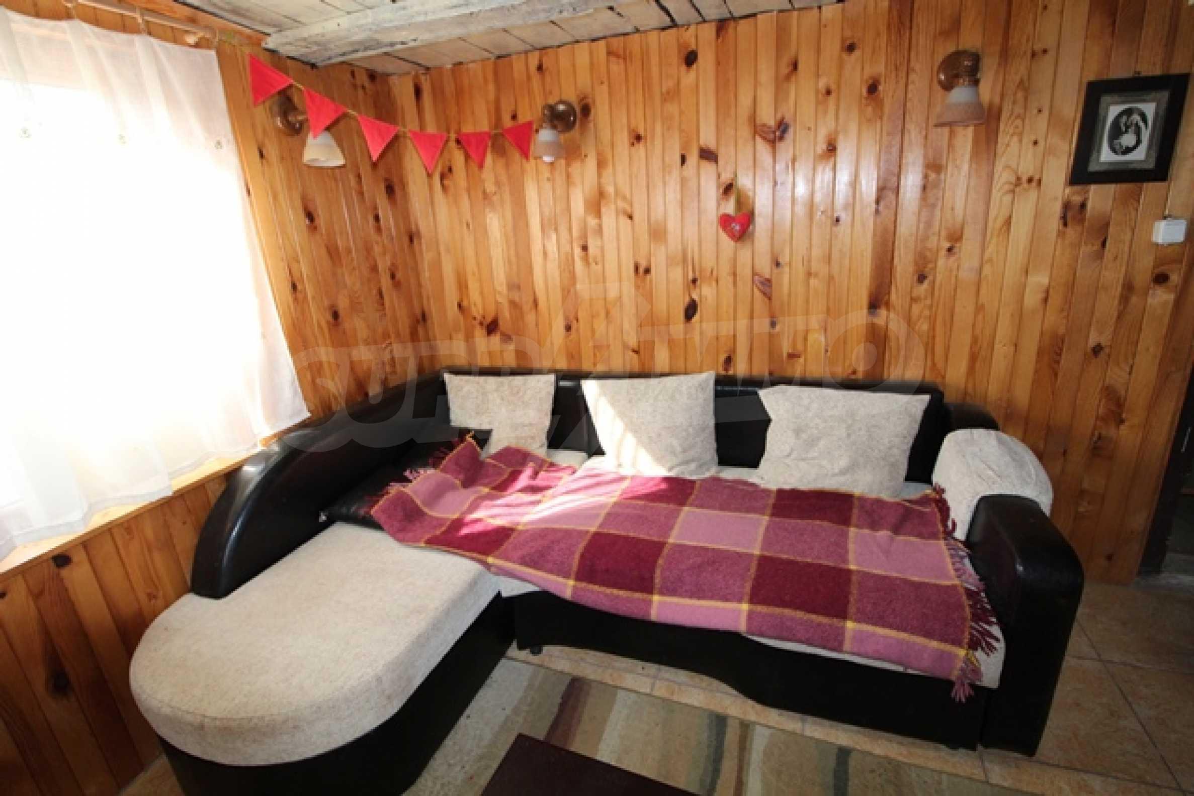 Реновирана двуетажна къща само на 2 км от Трявна 29
