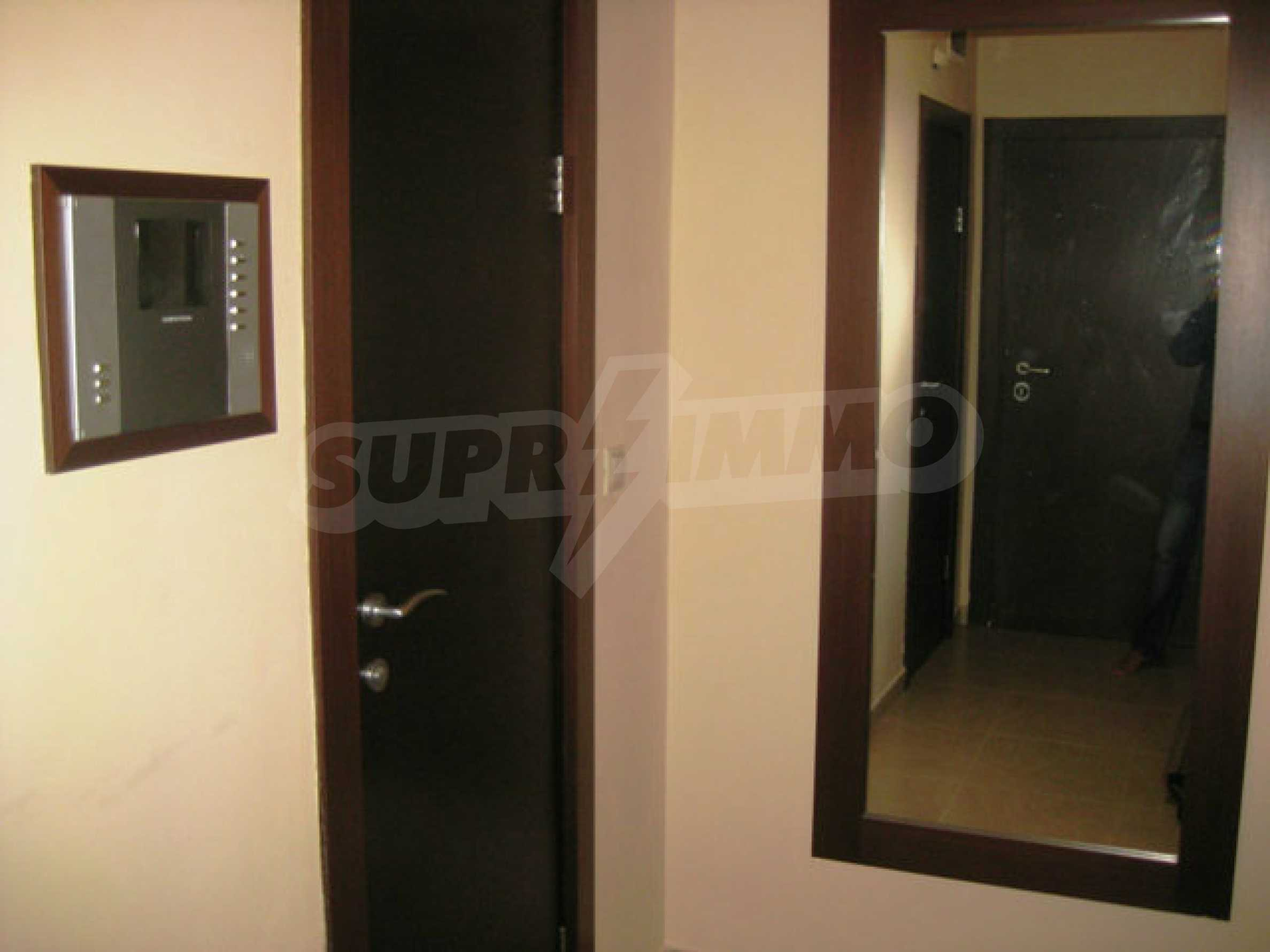 Апартамент за продажба в кв. Редута 33