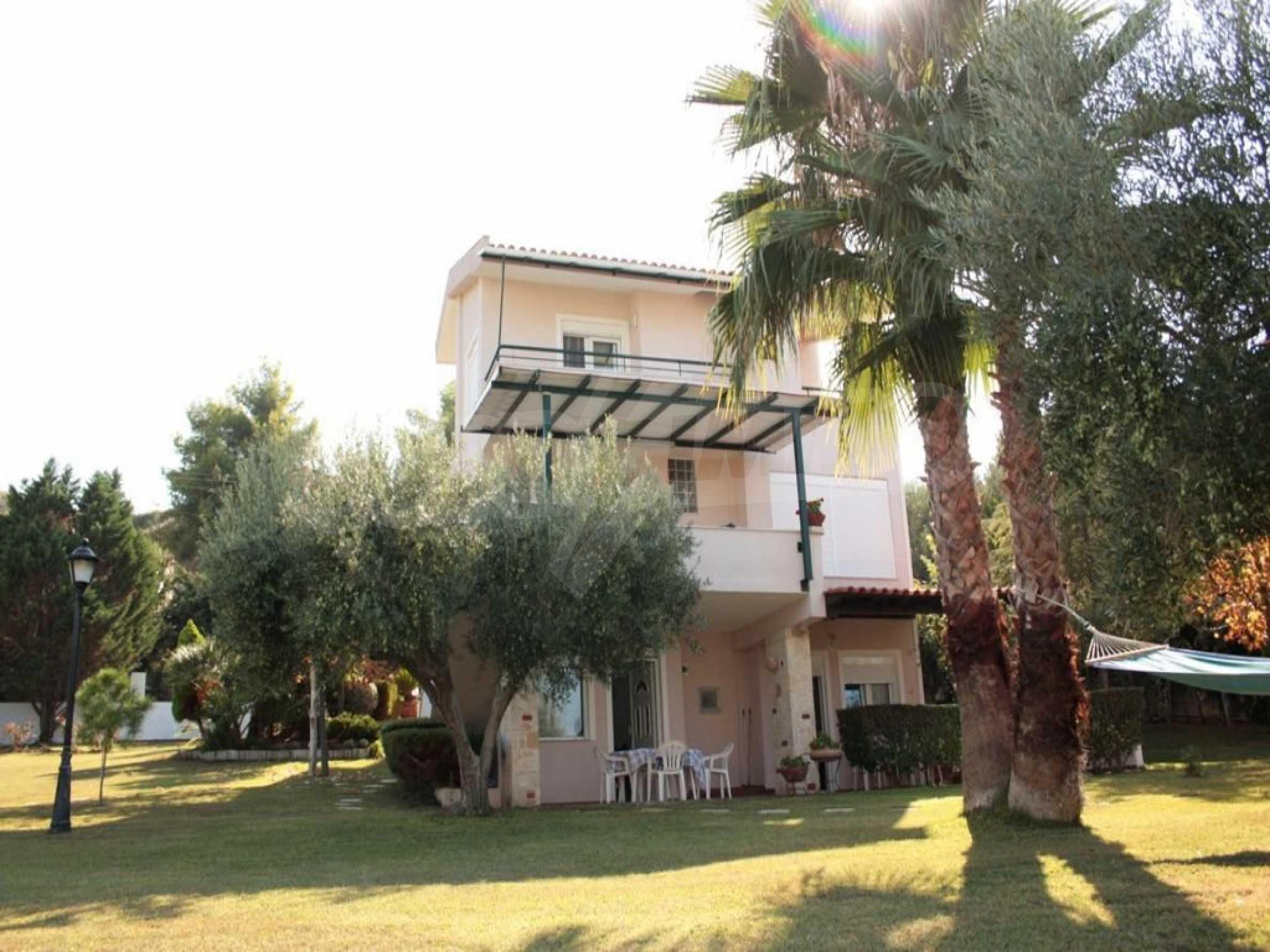 Къща  в  Полихроно 2