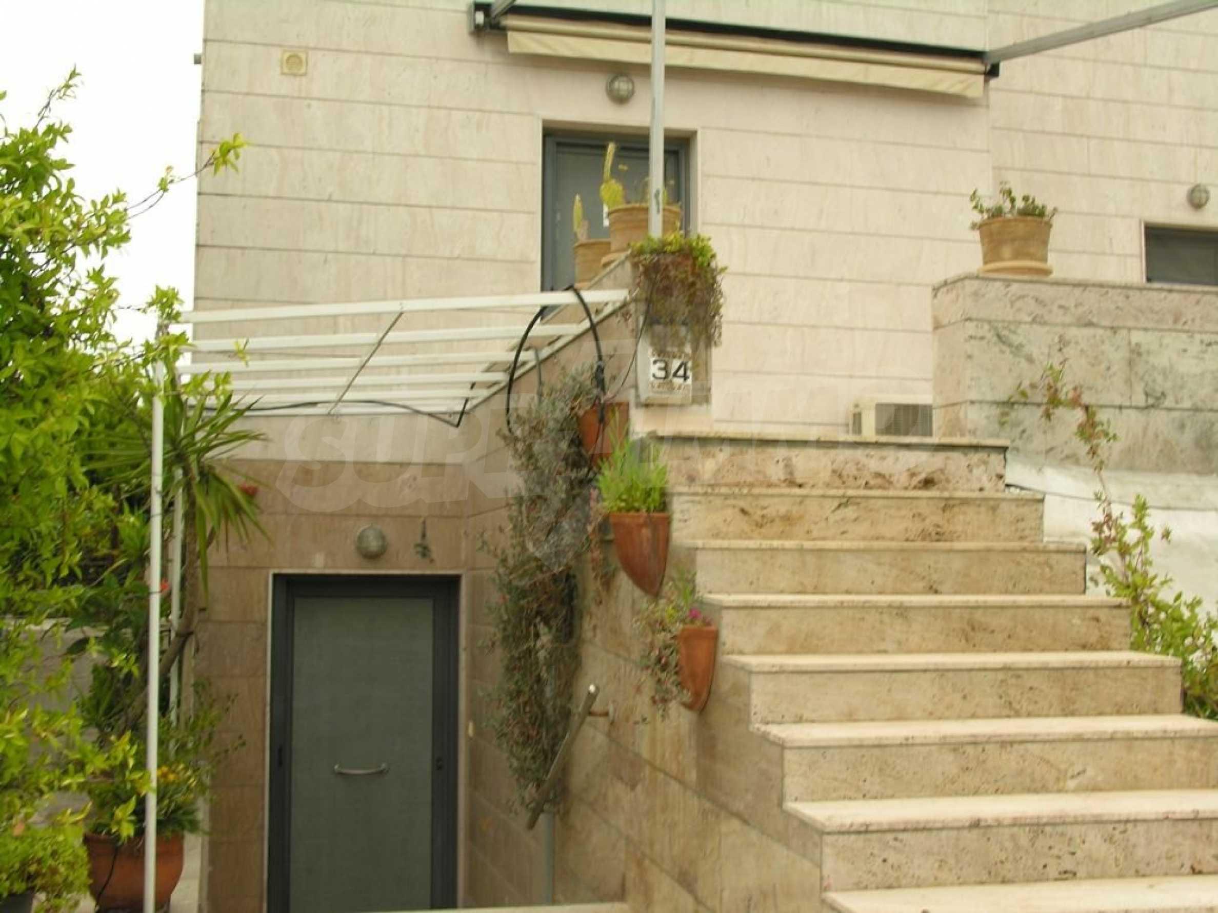 Къща  в  Неа Фокеа 3
