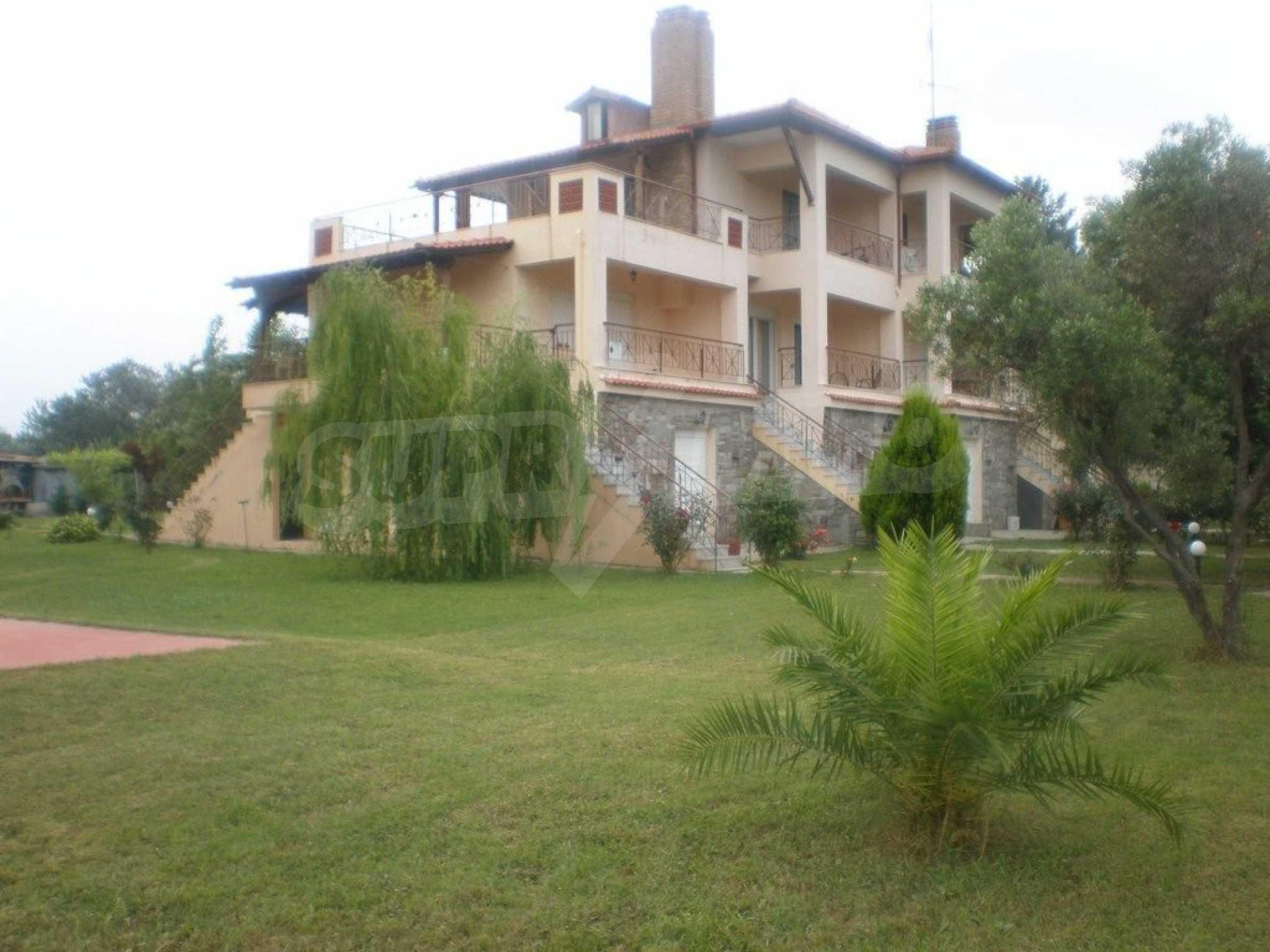 Къща  в  Потидея 7