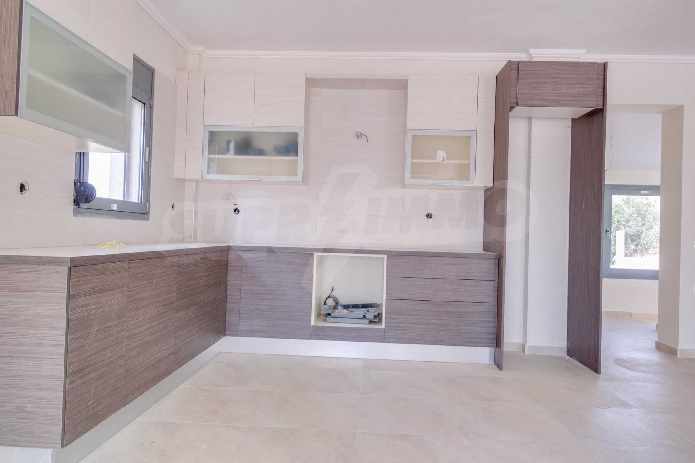 Къща  в  Мудания 8