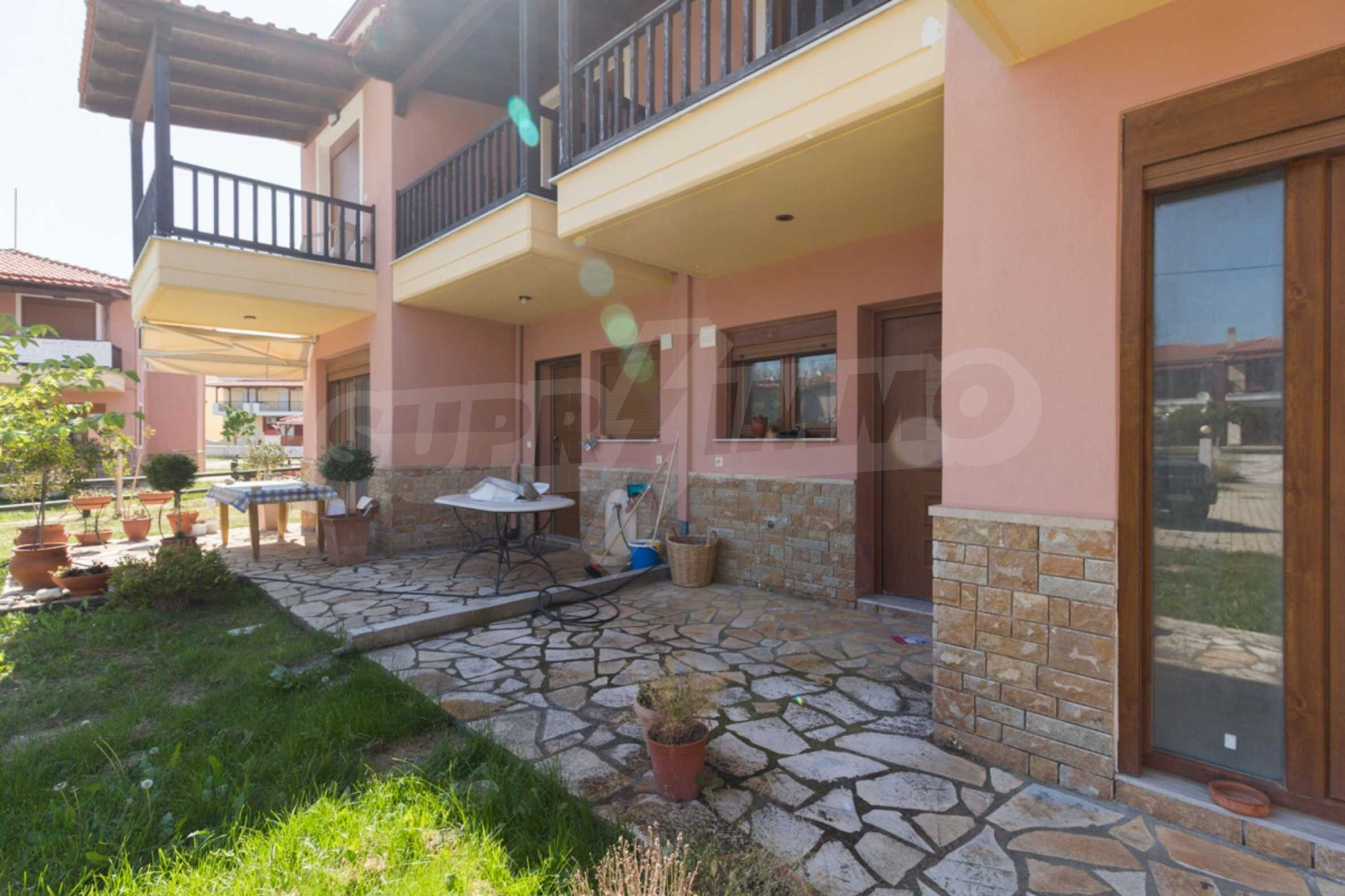 Къща  в  Неос Мармарас 19