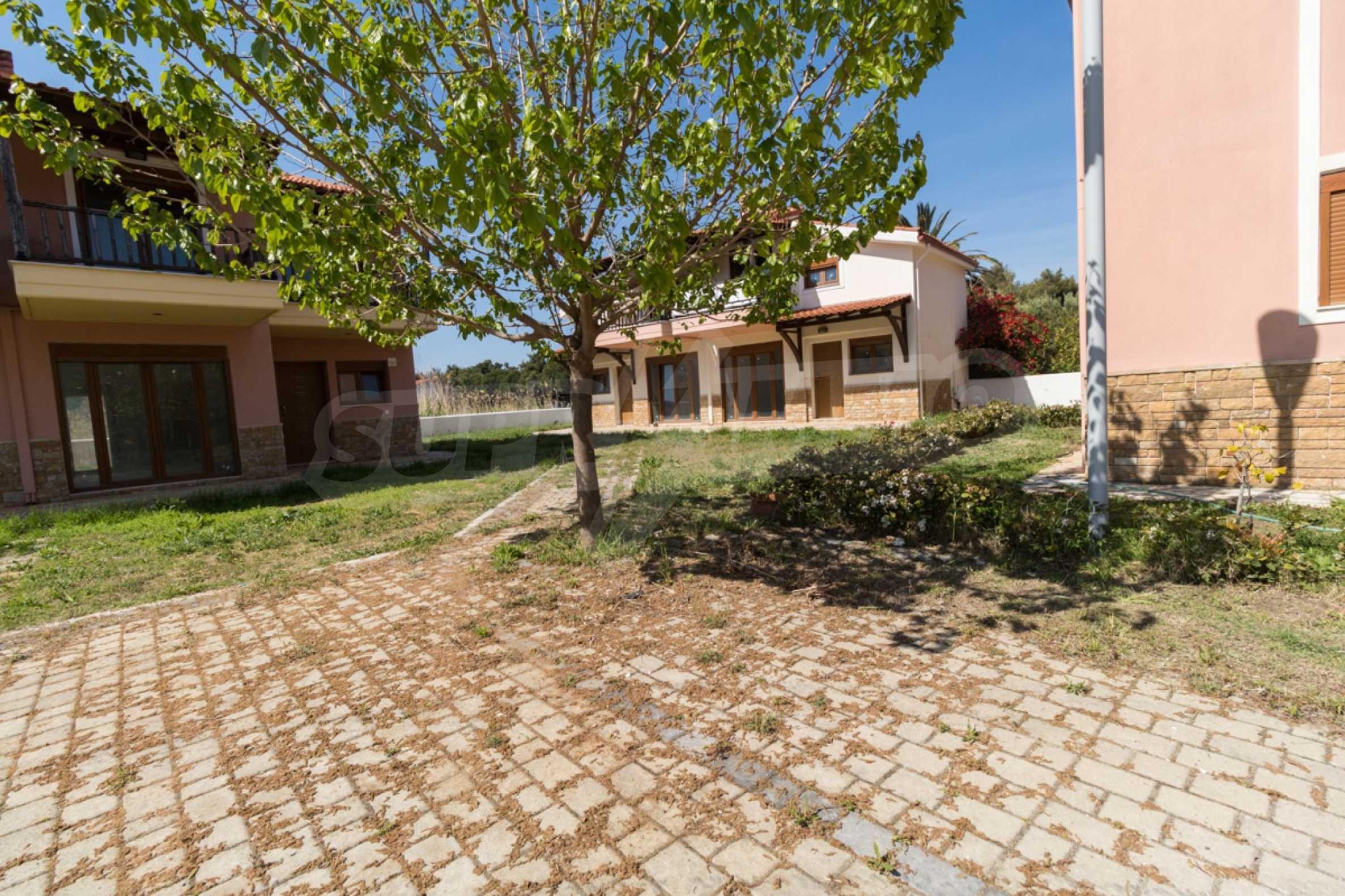 Къща  в  Неос Мармарас 23