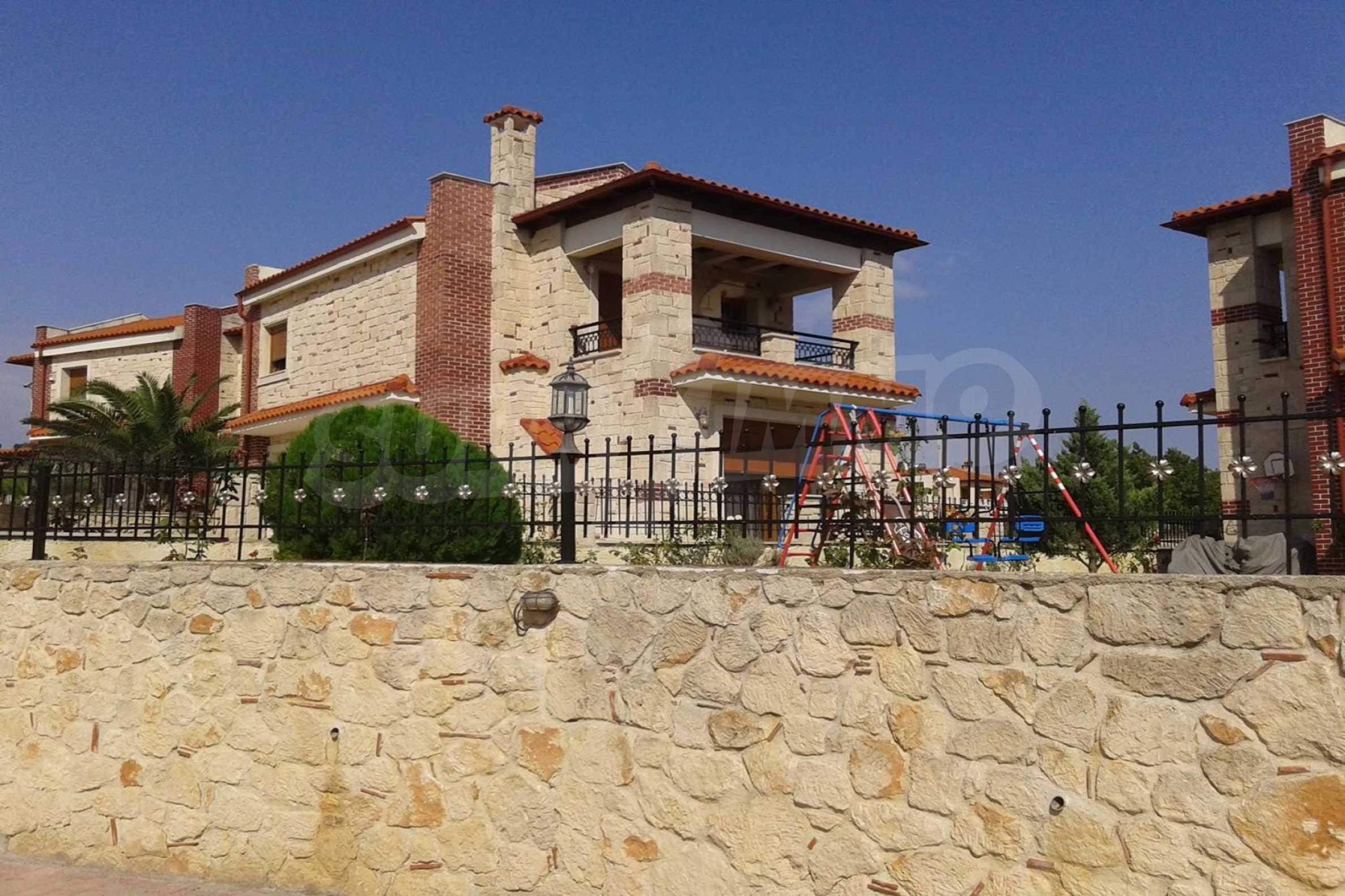 Къща  в  Афитос 13