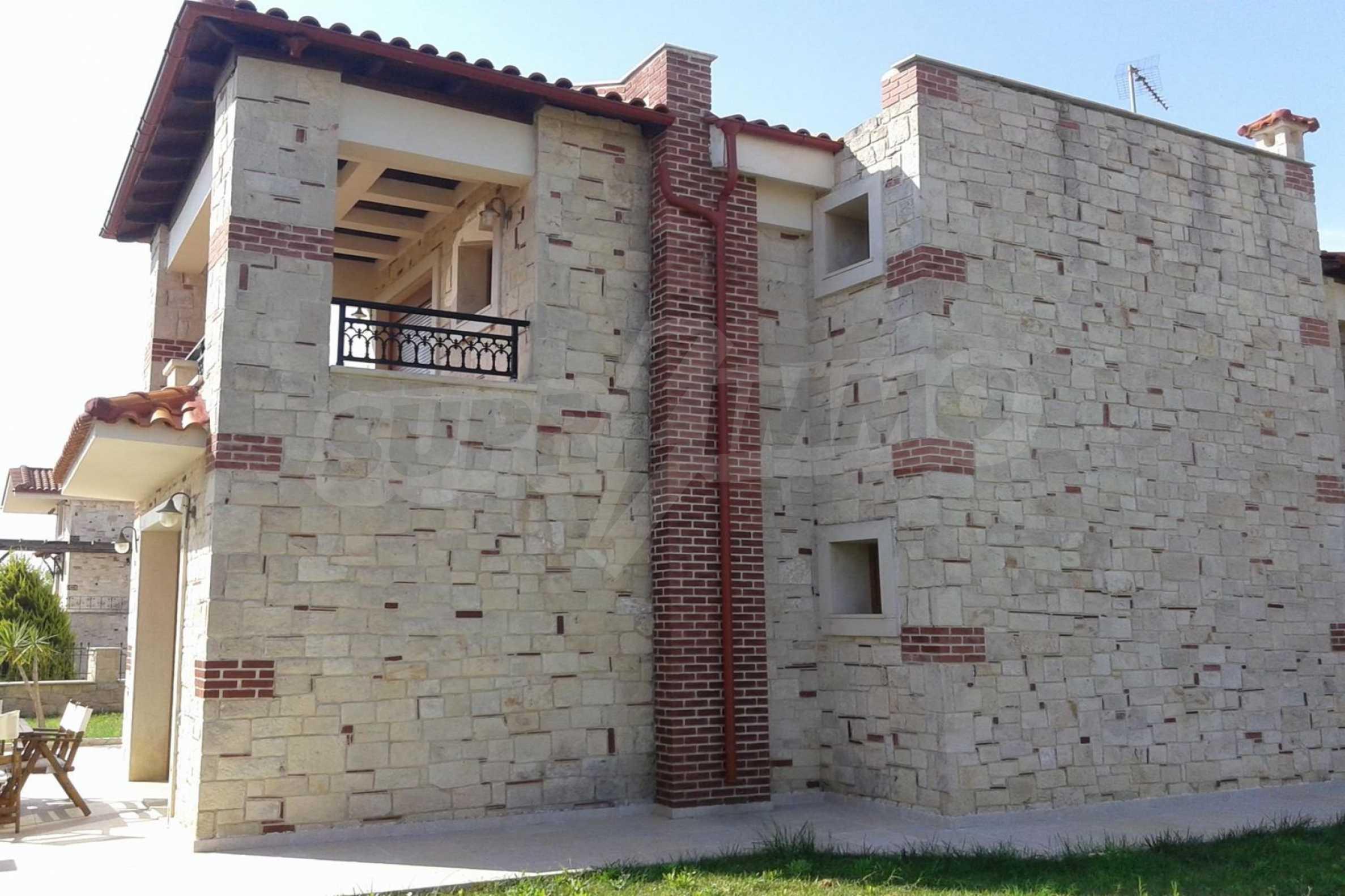 Къща  в  Афитос 14
