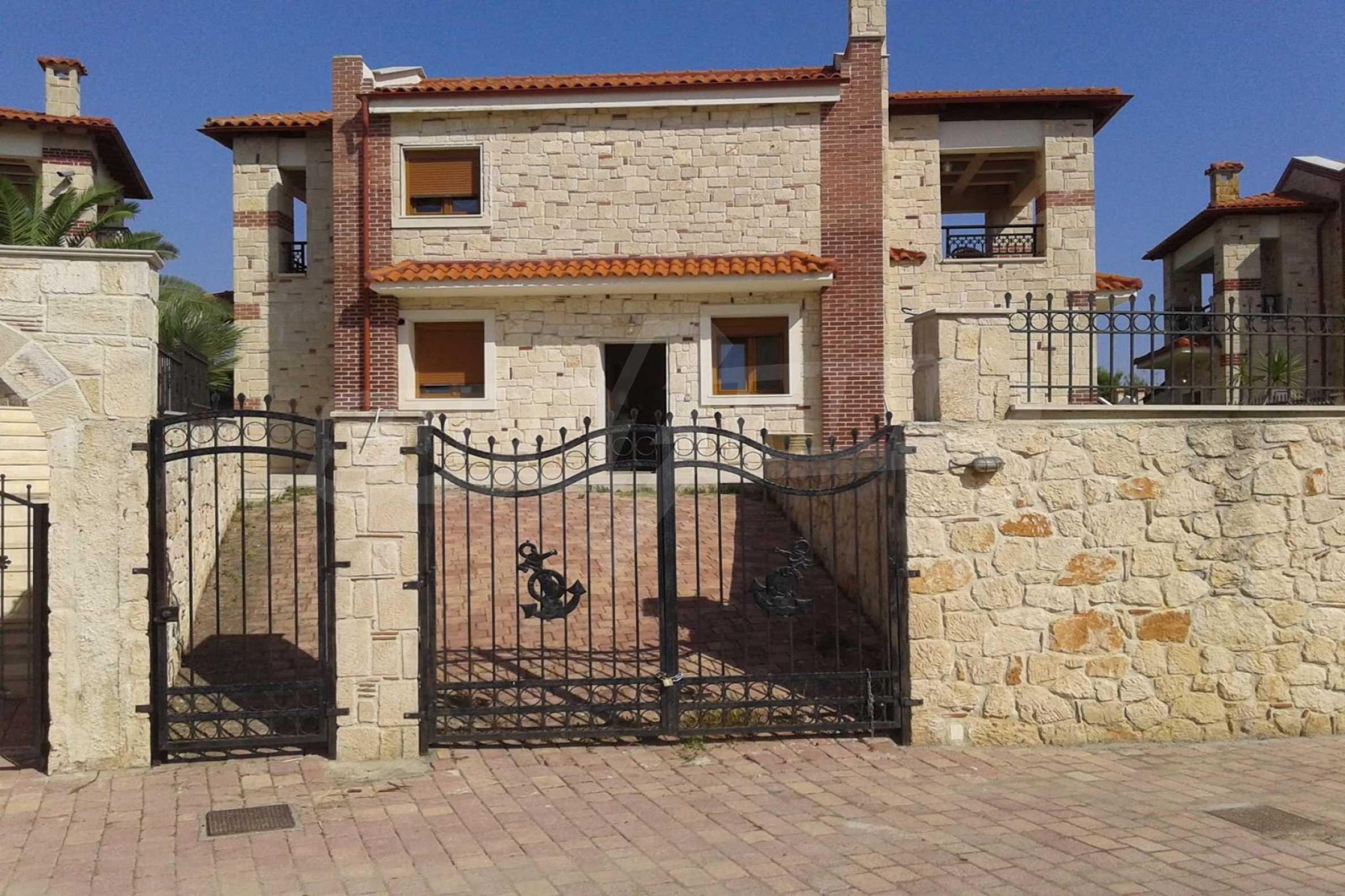 Къща  в  Афитос 16
