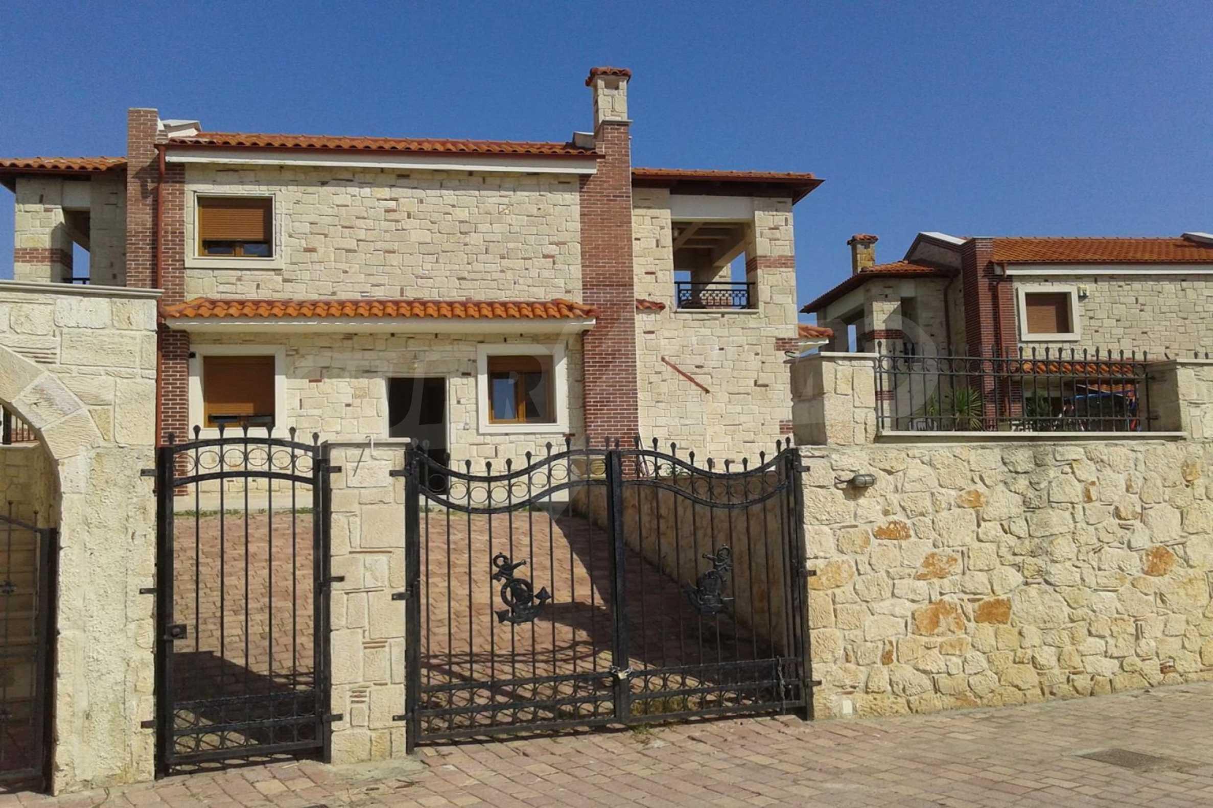 Къща  в  Афитос 17