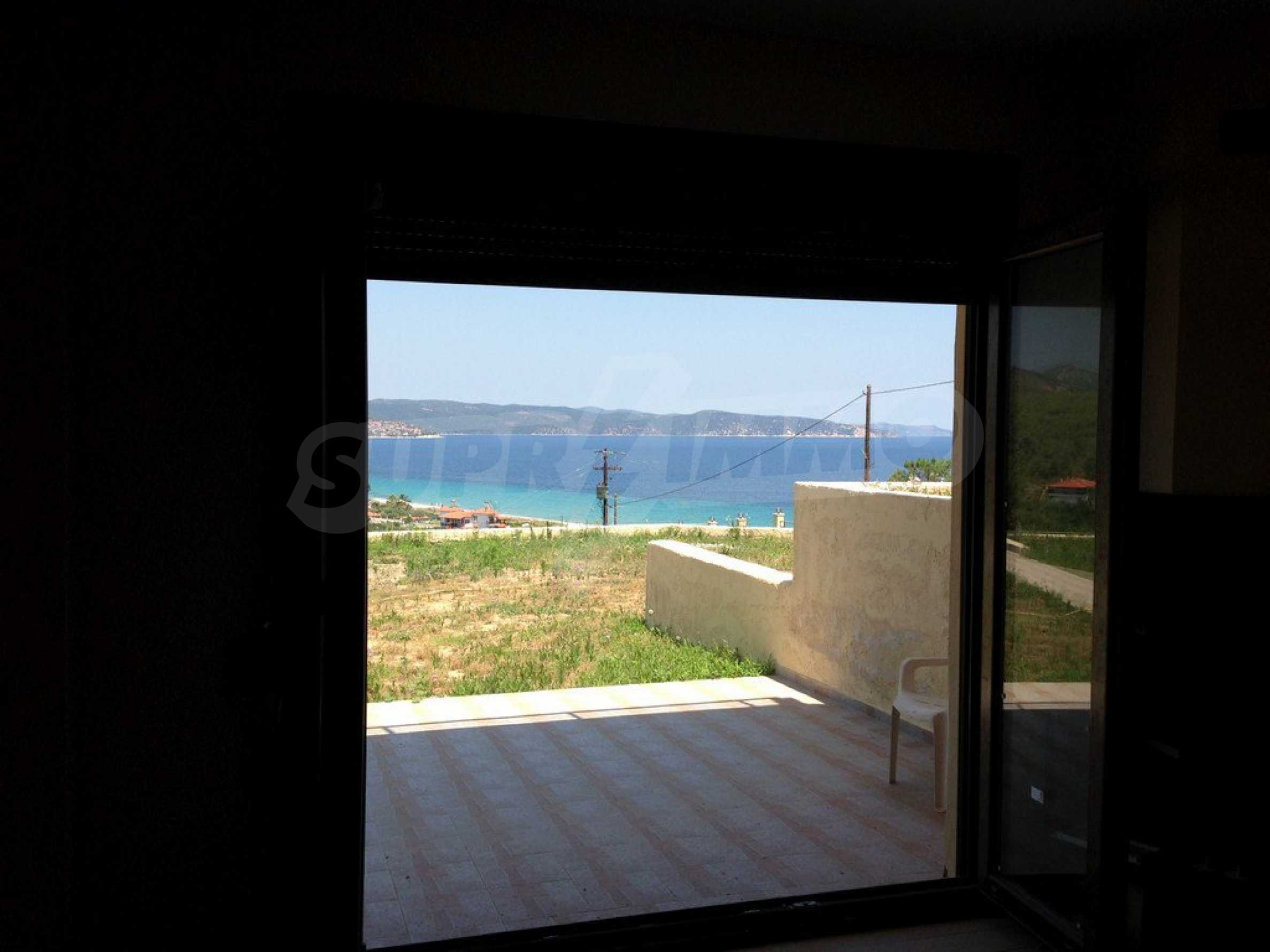 Апартамент  в  Акти Салоникю 9