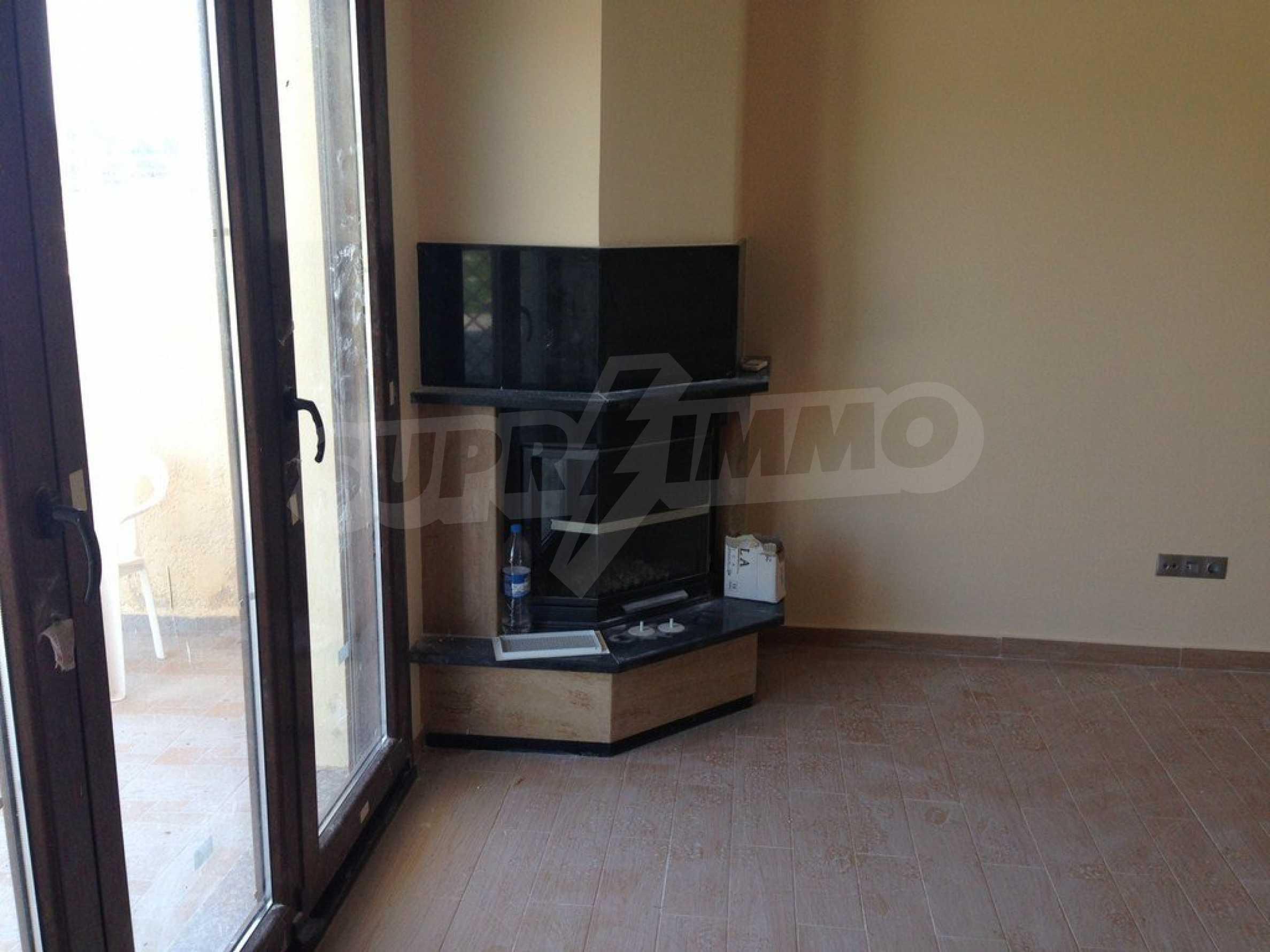 Апартамент  в  Акти Салоникю 5