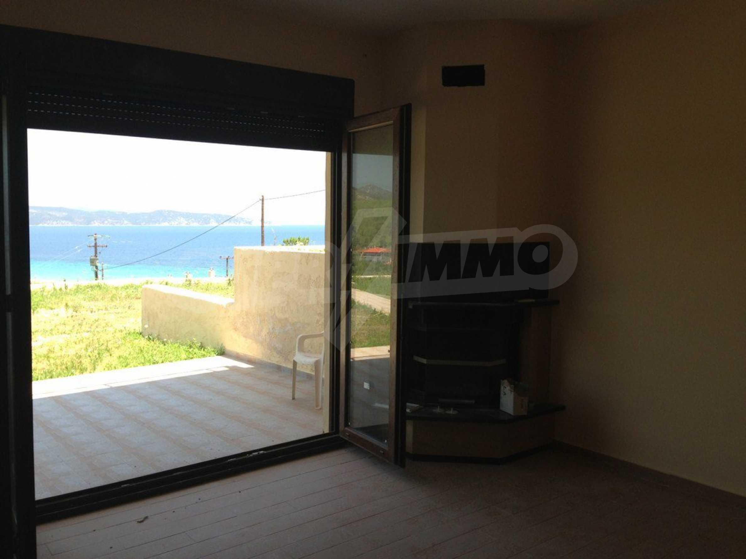 Апартамент  в  Акти Салоникю 8