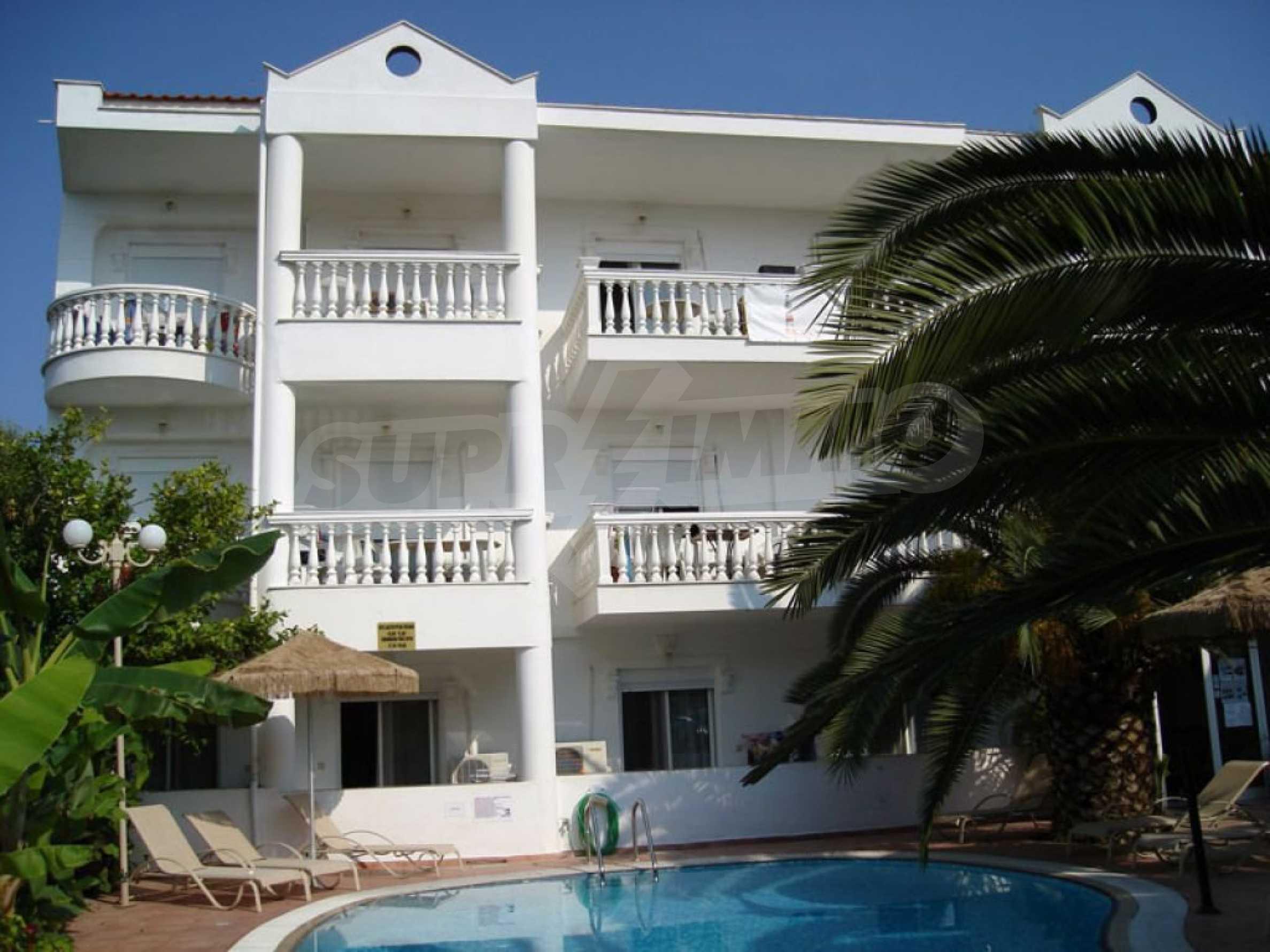 Хотел  в  Полихроно 10