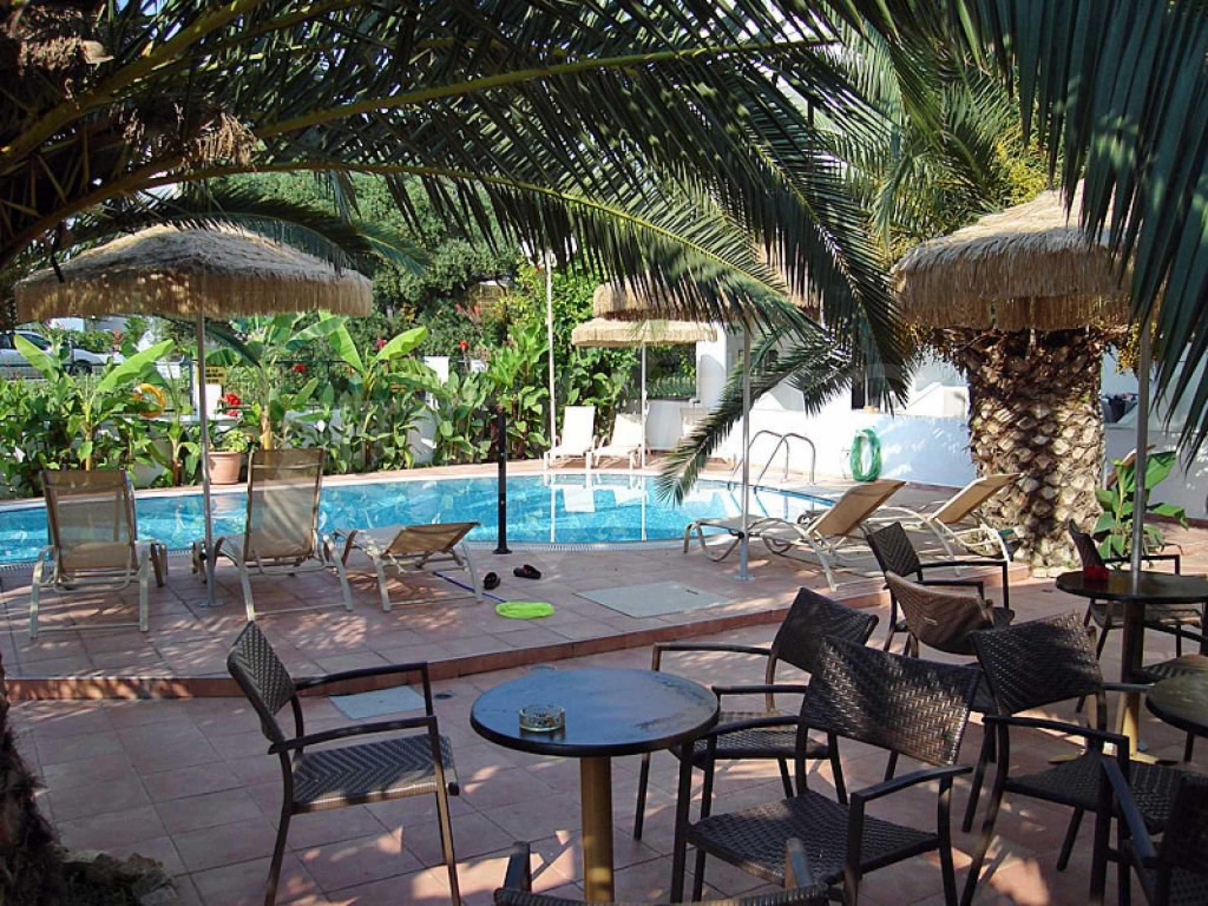Хотел  в  Полихроно 14