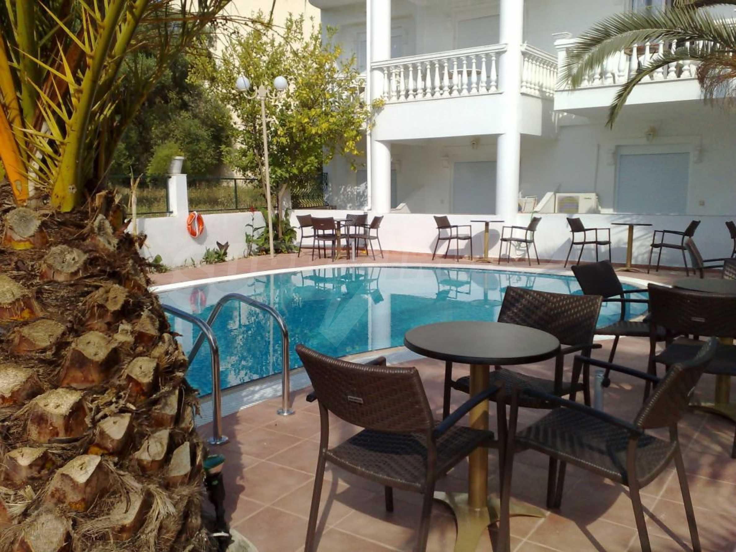 Хотел  в  Полихроно 1