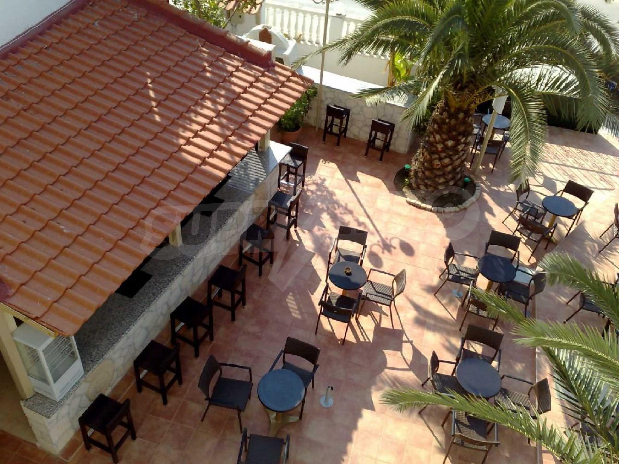 Хотел  в  Полихроно 7