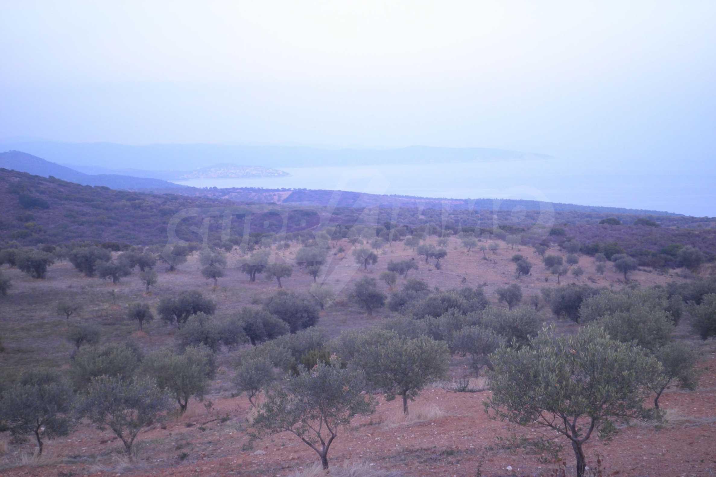 Земеделска земя  в  Акти Салоникю