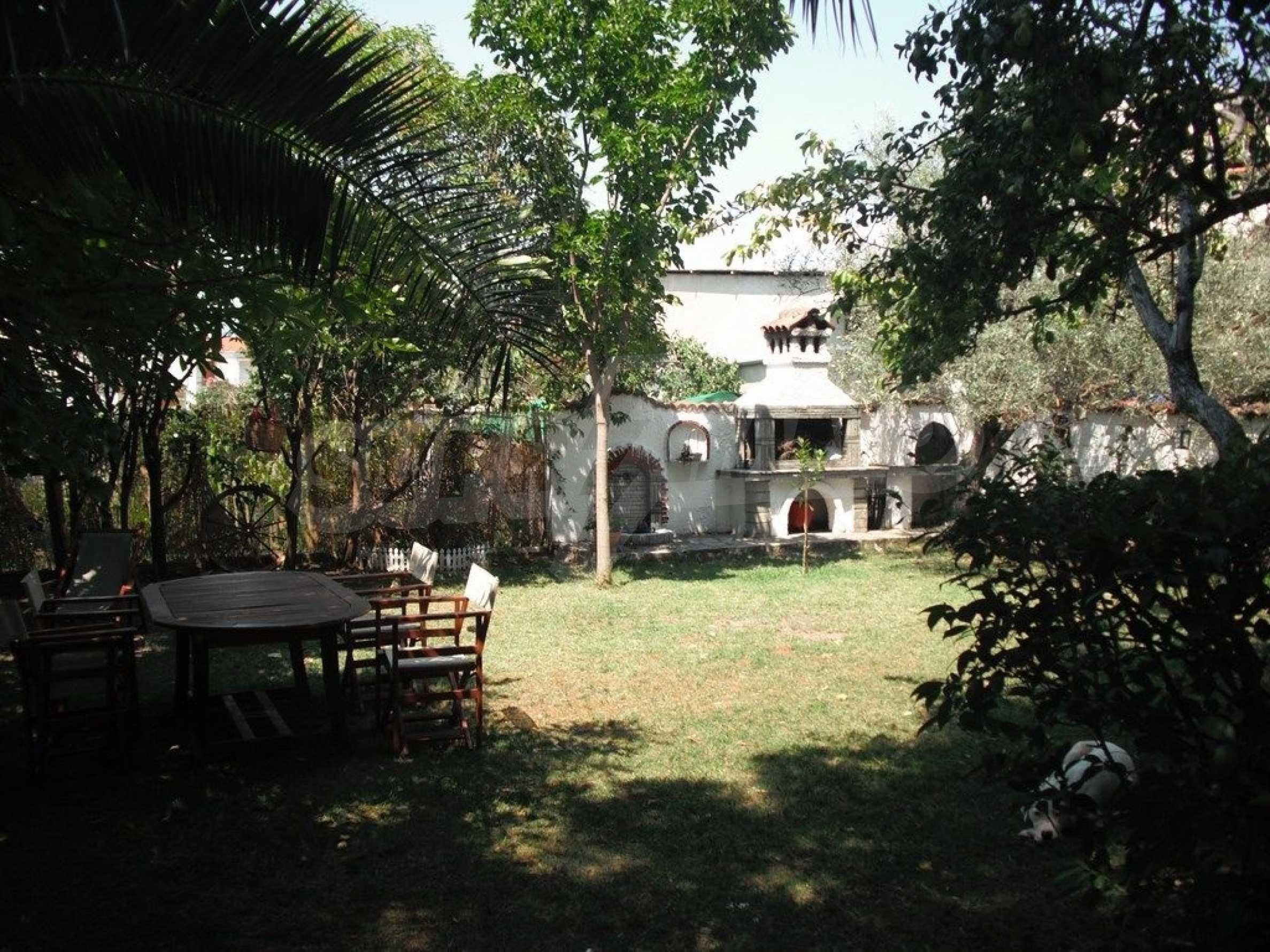 Къща  в  Потидея