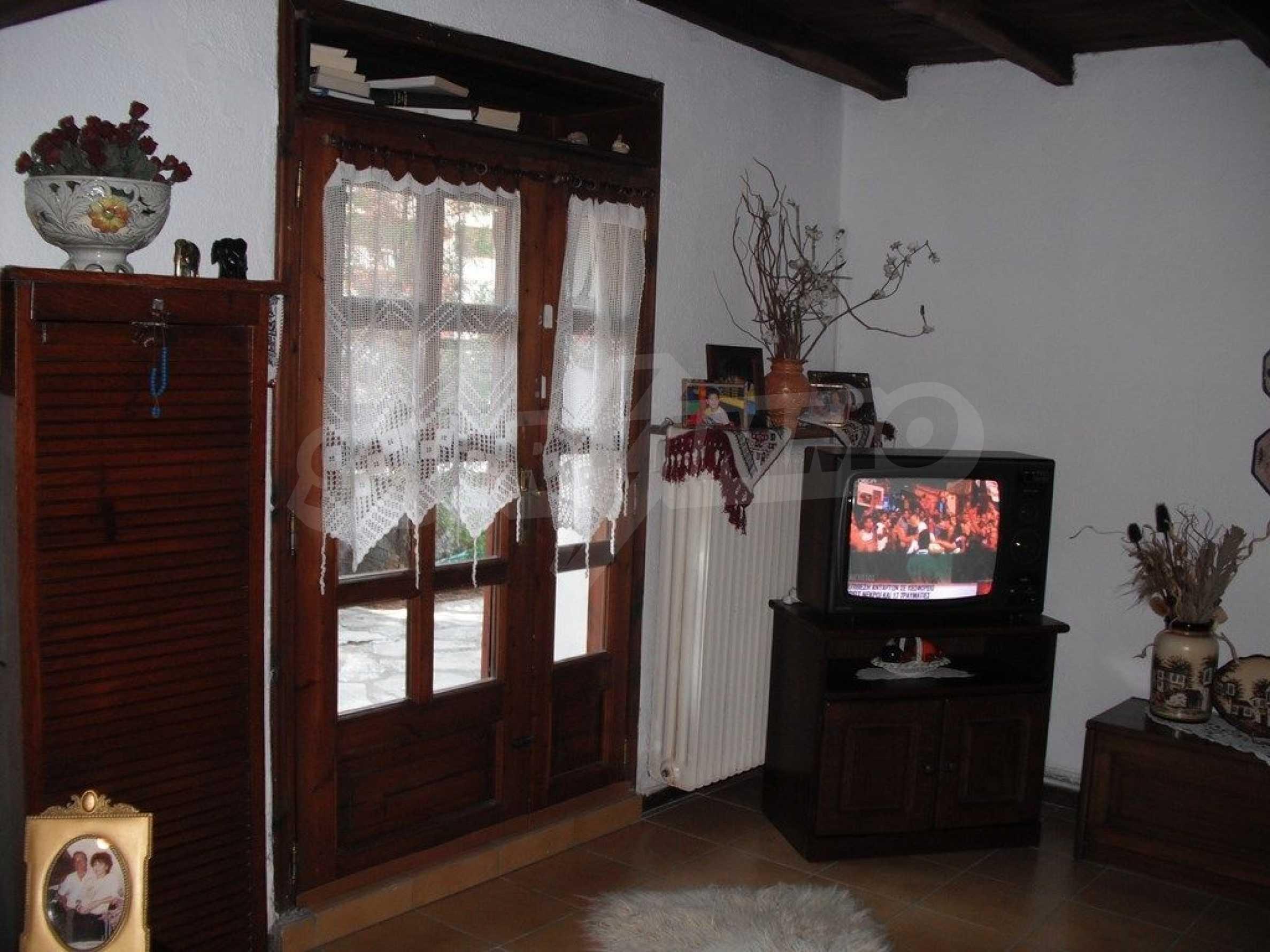 Къща  в  Потидея 11