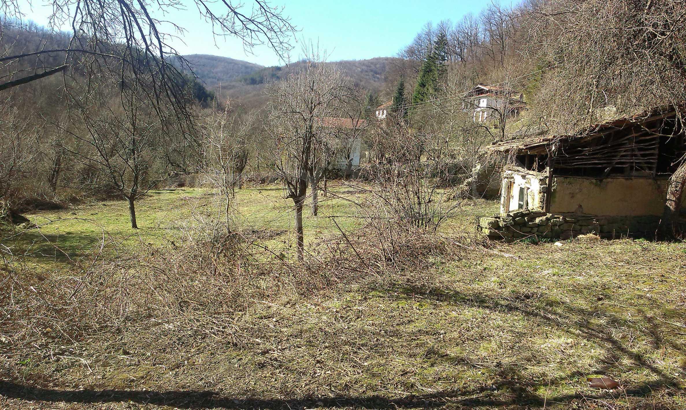 Тухлена двуетажна къща само на 22 км от Велико Търново  44