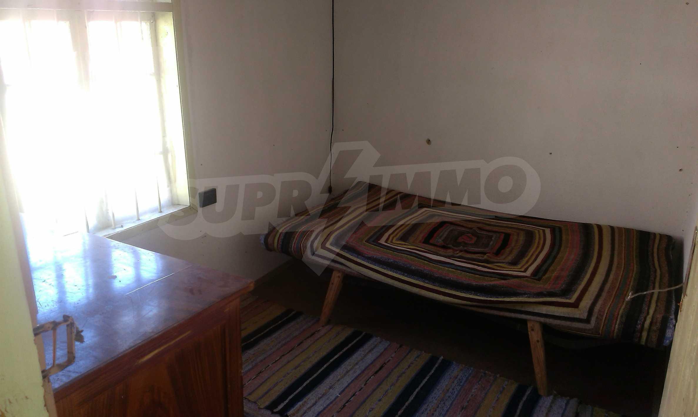 Тухлена двуетажна къща само на 22 км от Велико Търново  55