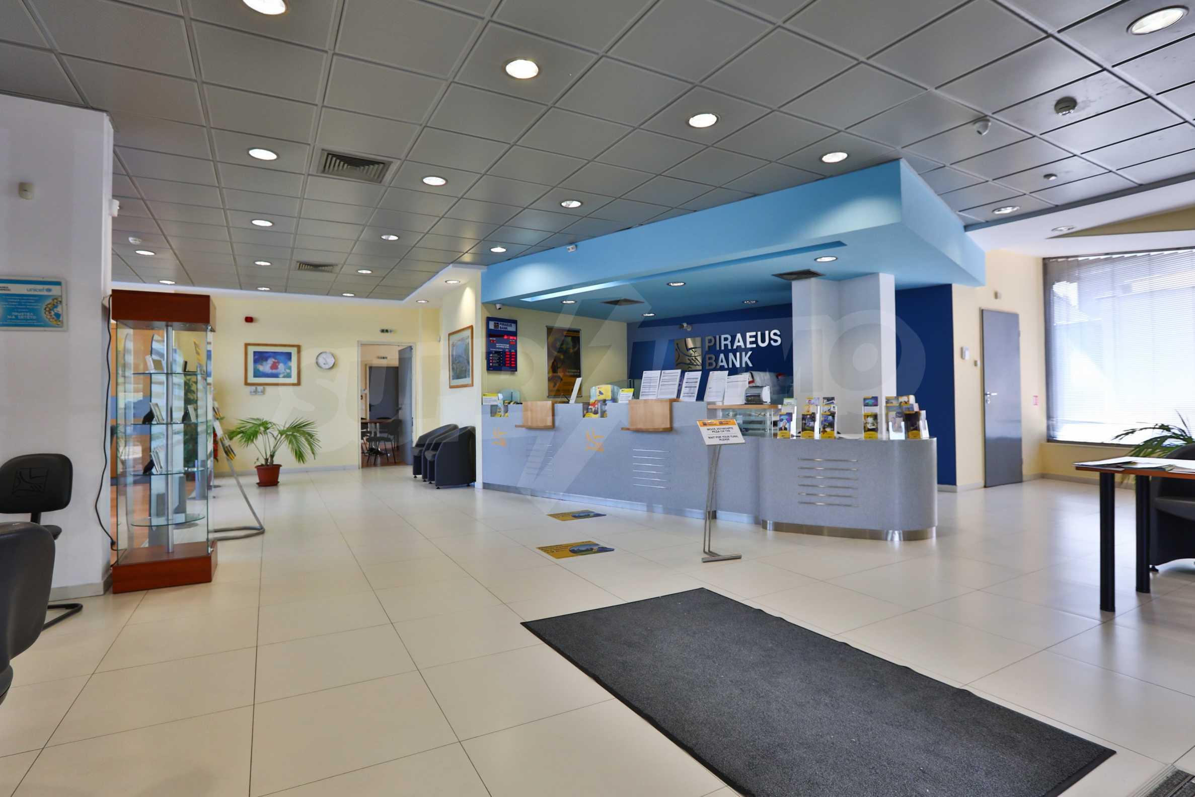 Площи тип open space в офис зоната на бул. Цариградско шосе 1