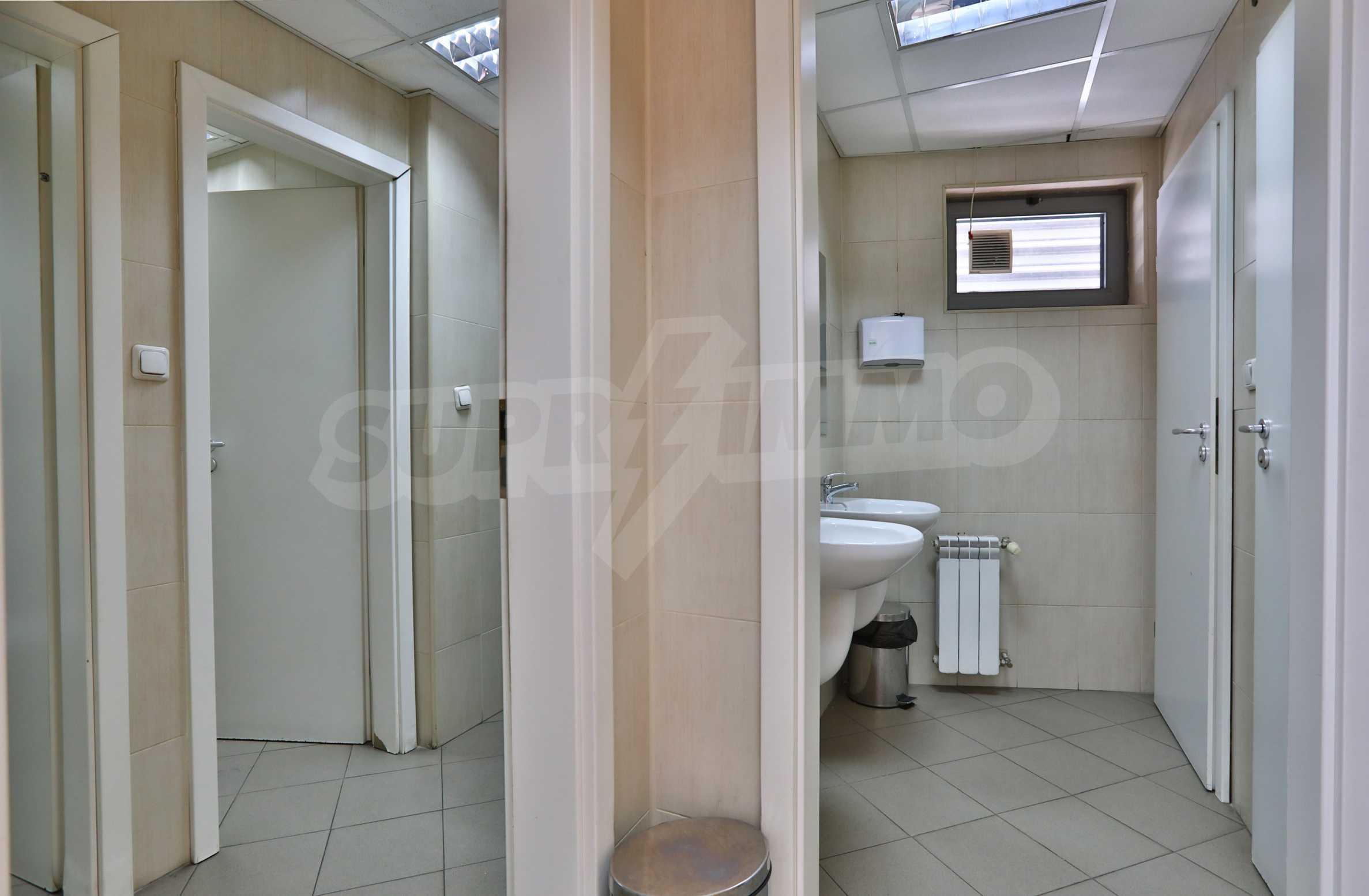 Площи тип open space в офис зоната на бул. Цариградско шосе 27