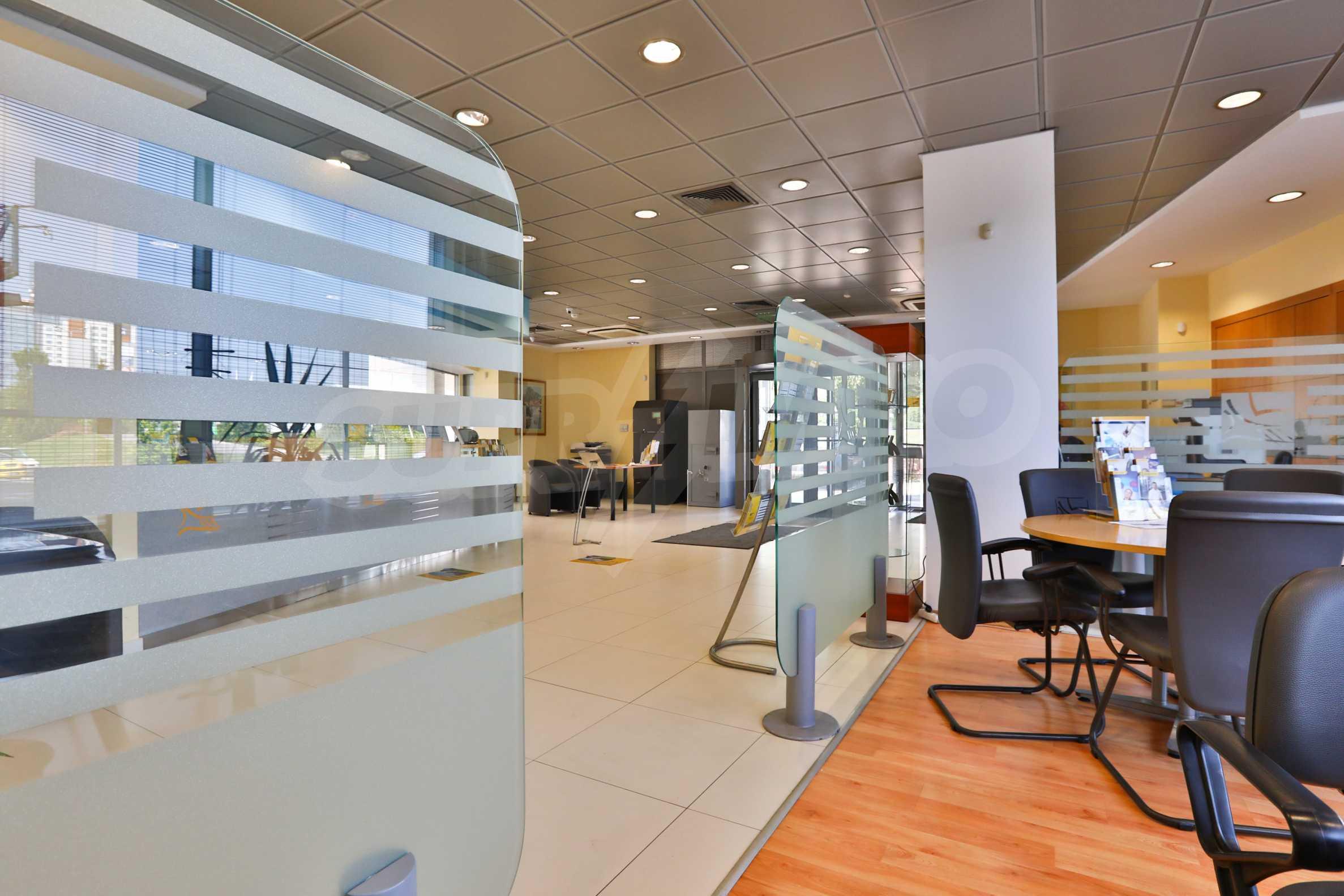 Площи тип open space в офис зоната на бул. Цариградско шосе 2