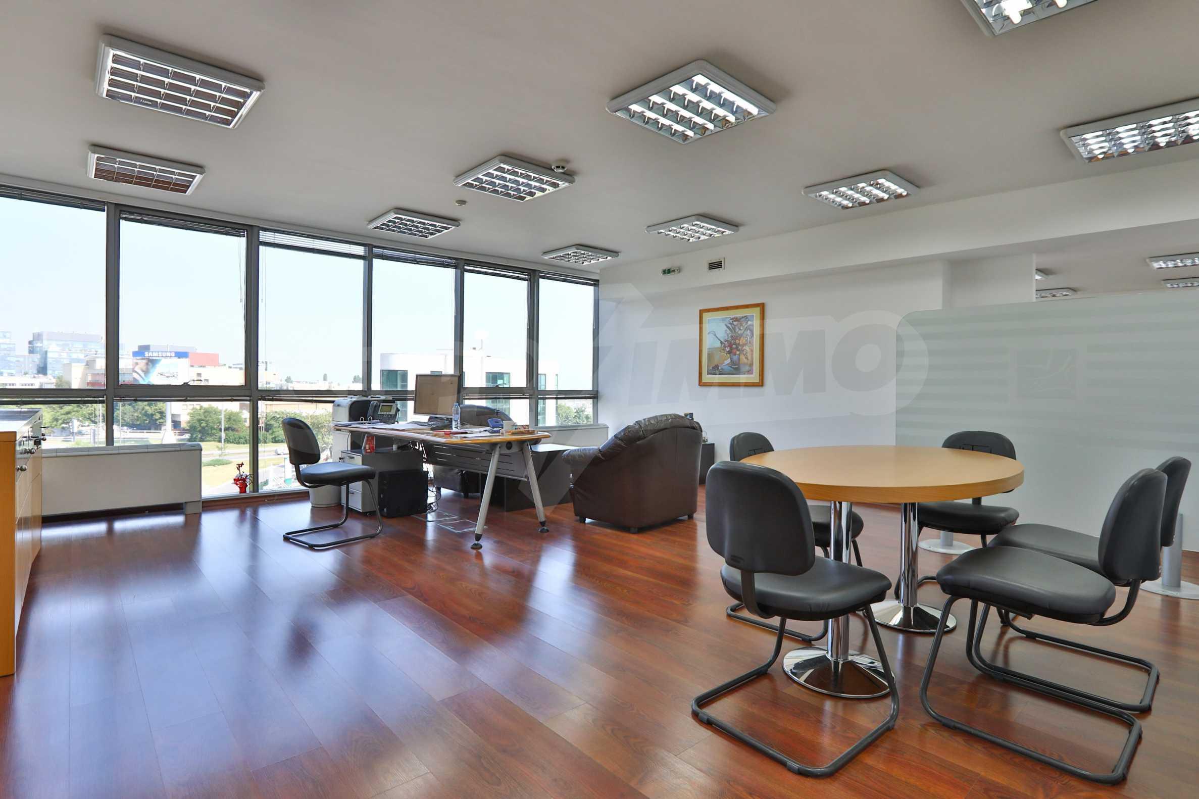 Площи тип open space в офис зоната на бул. Цариградско шосе 31