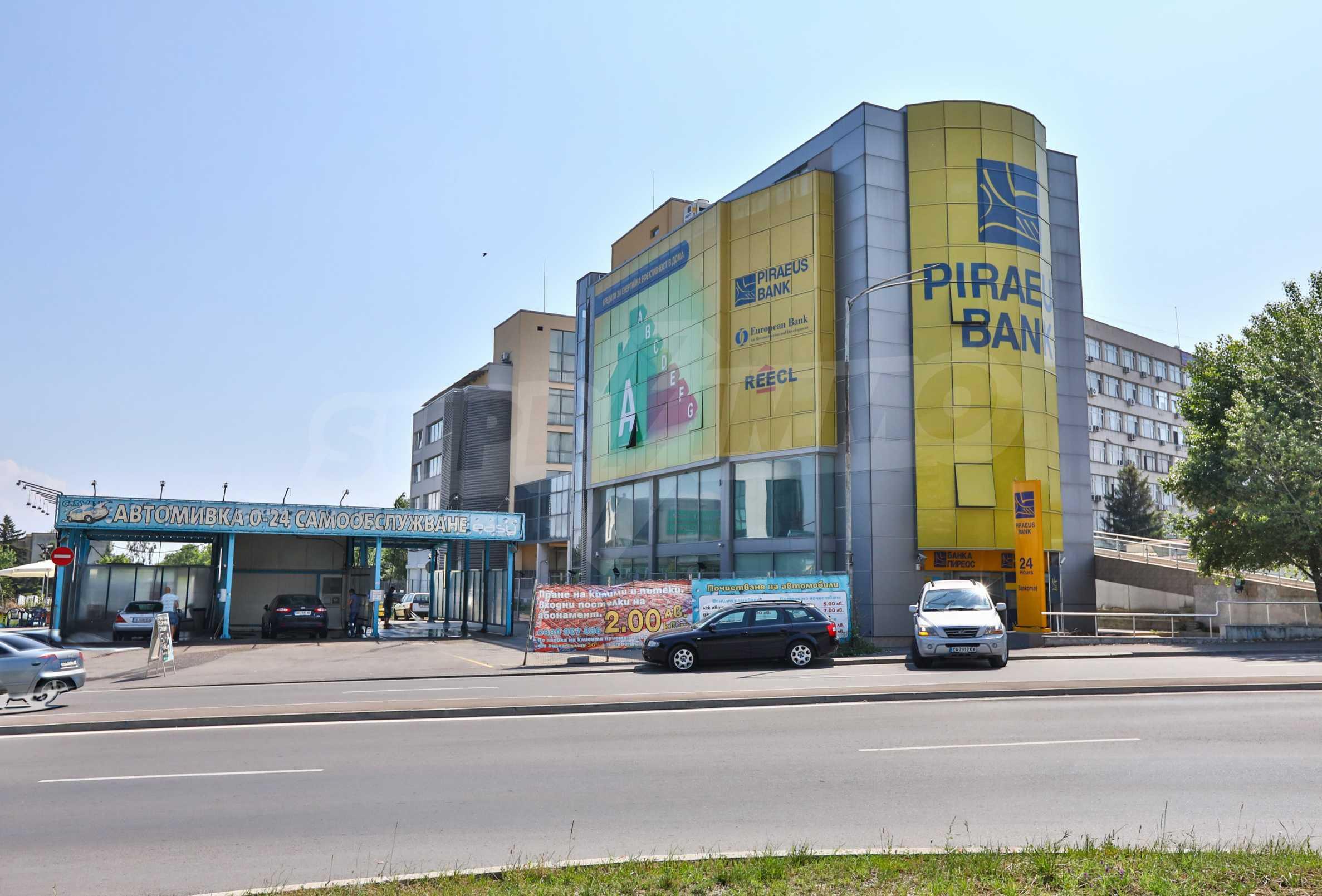 Площи тип open space в офис зоната на бул. Цариградско шосе 39