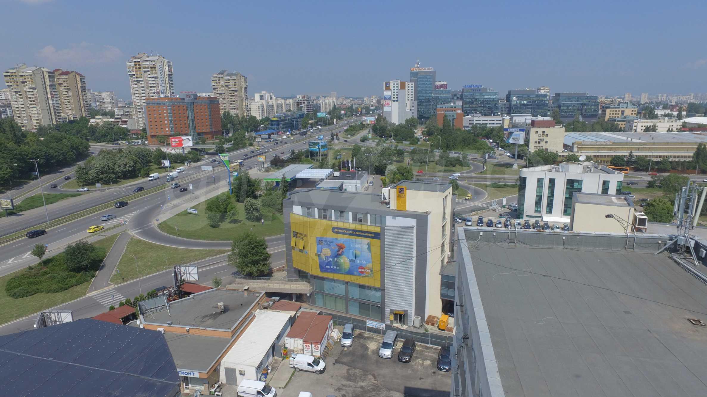 Площи тип open space в офис зоната на бул. Цариградско шосе 45