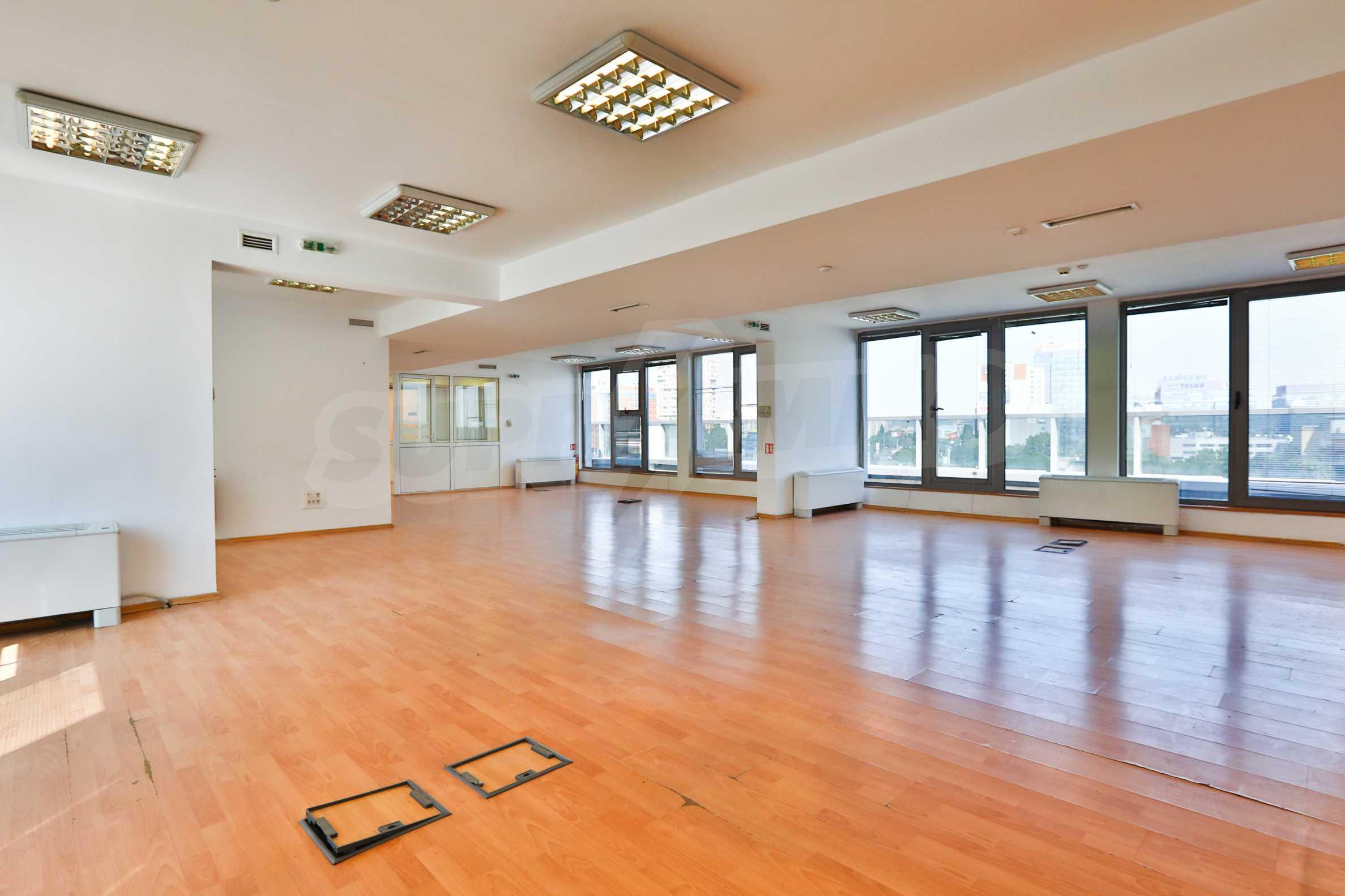 Площи тип open space в офис зоната на бул. Цариградско шосе