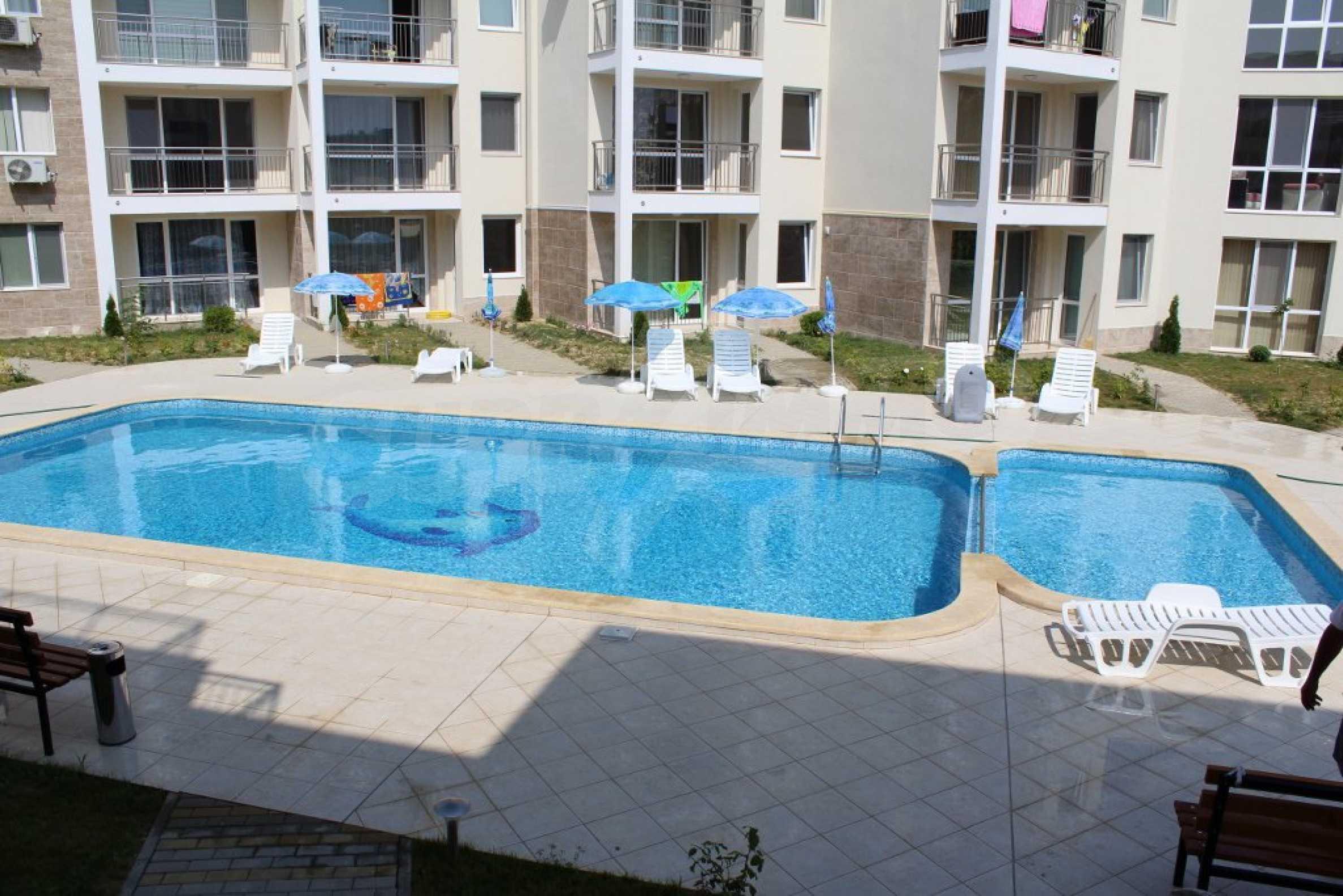 Тристаен апартамент близо до плажа в Бяла 12