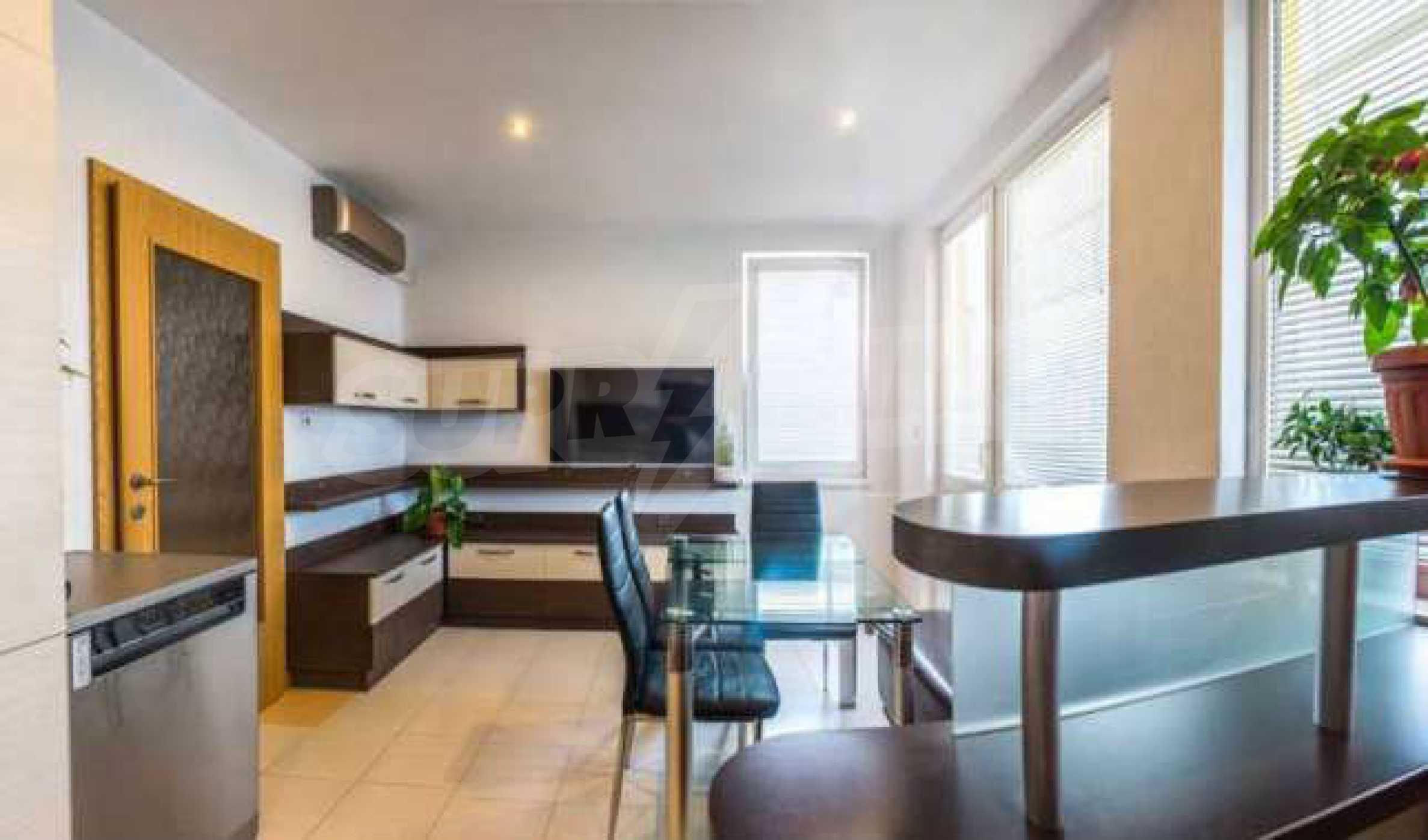 Новопостроен тристаен апартамент в кв. на град В. Търново  1