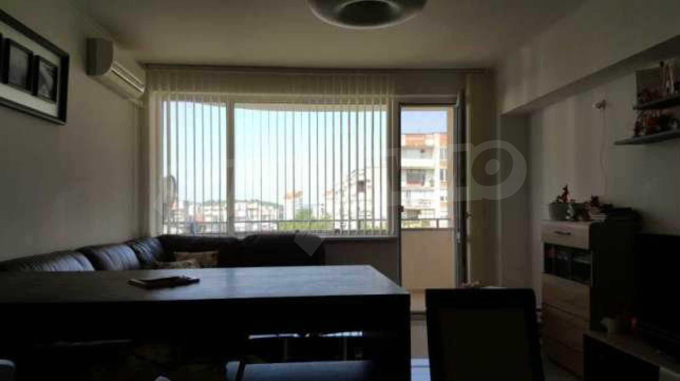 Тристаен апартамент ново строителство в предпочитан район на града 1