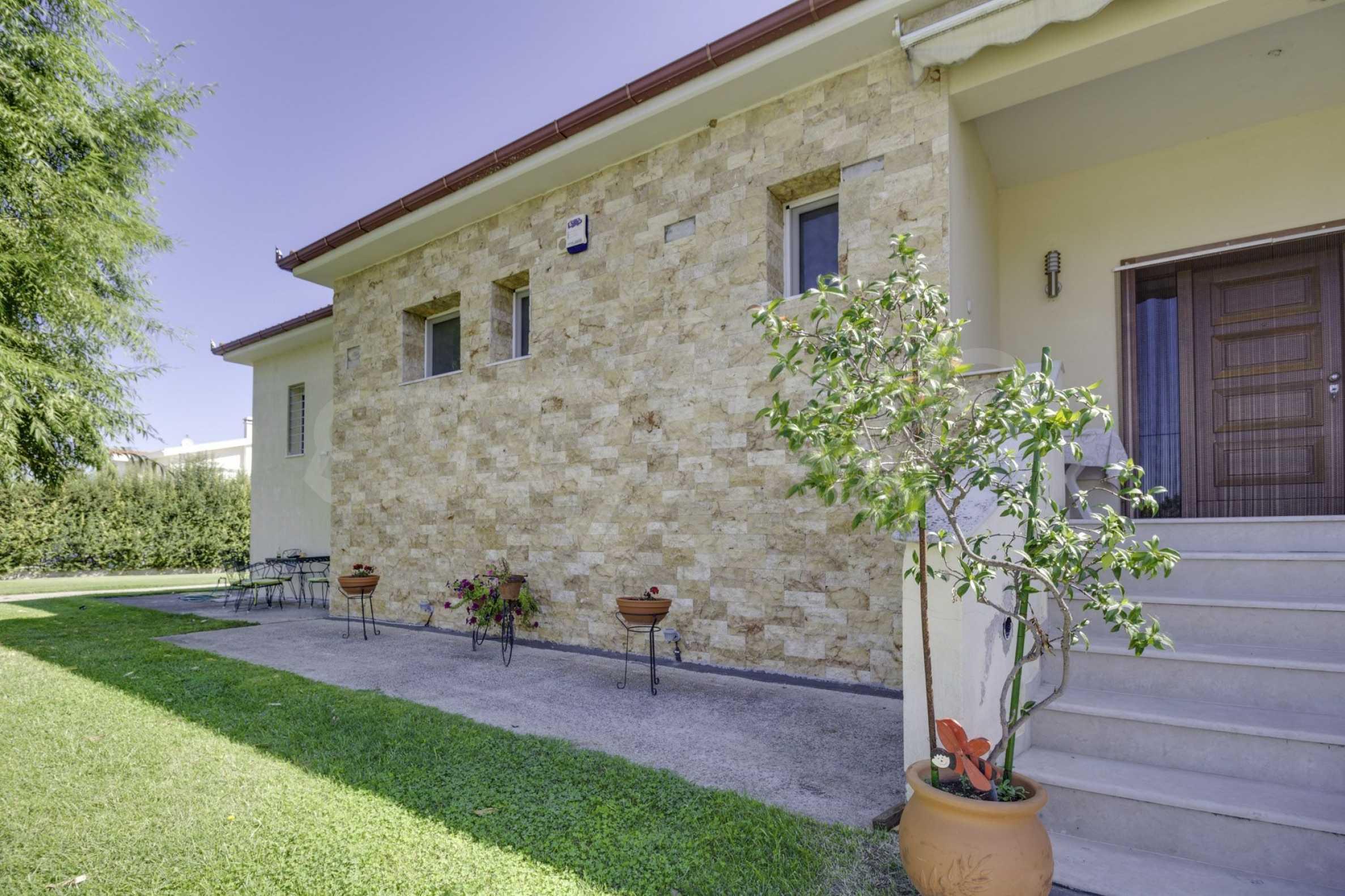Къща  в  Tagarades