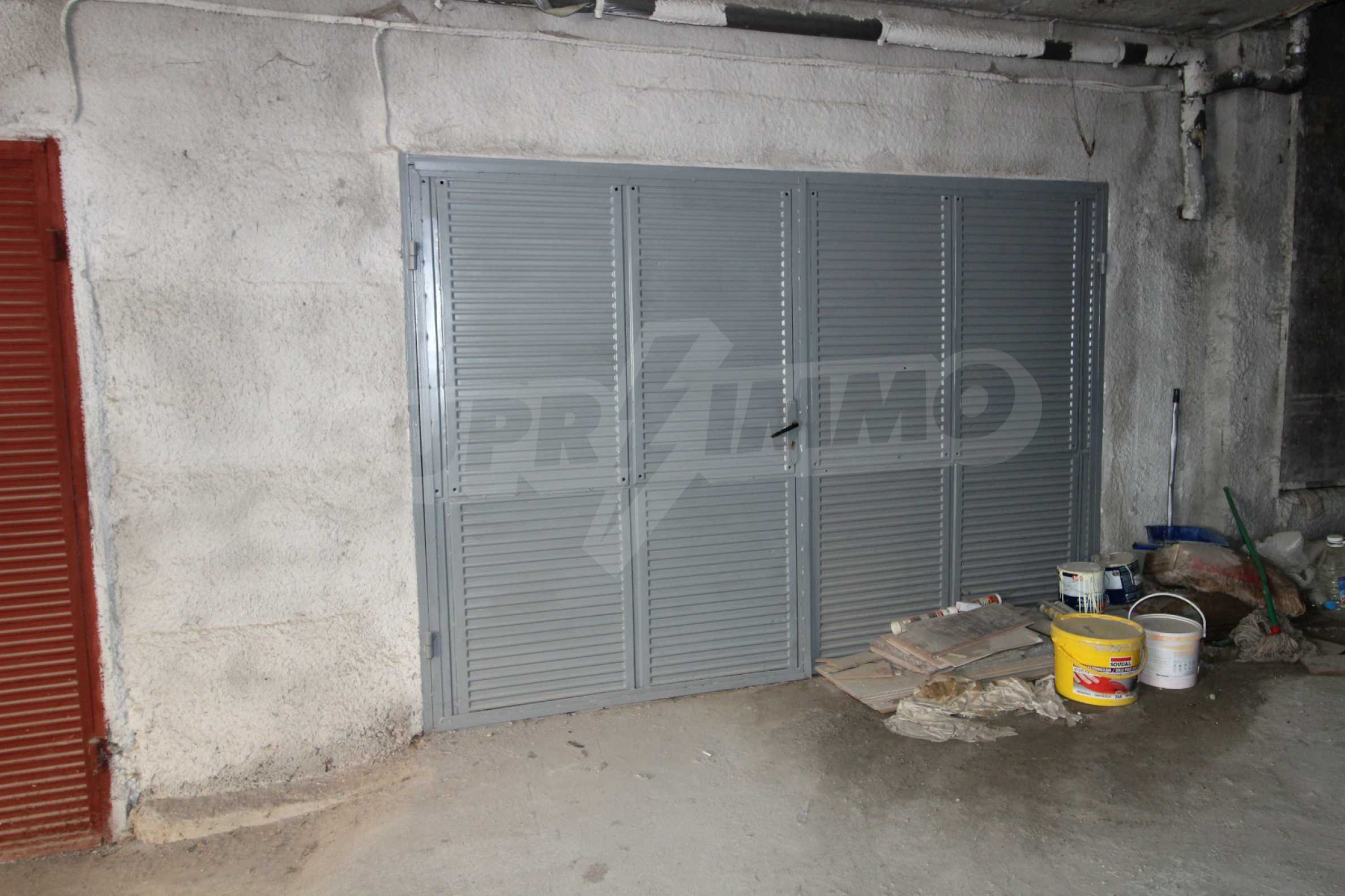 Напълно обзаведен имот с гараж в квартала на гр. В. Търново 21