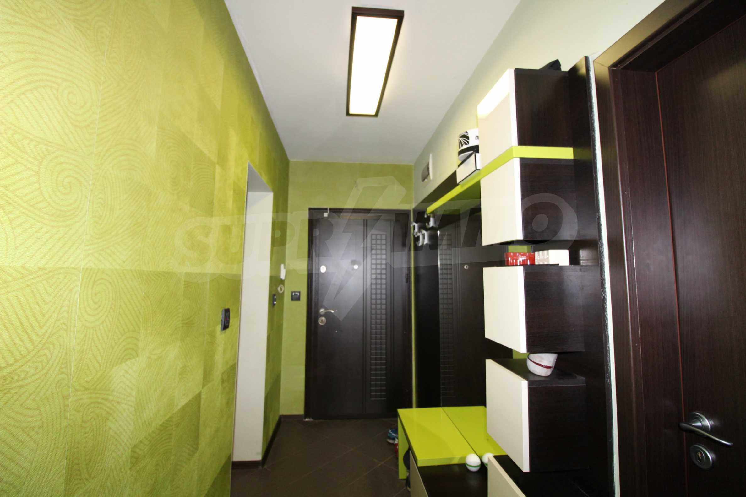Напълно обзаведен имот с гараж в квартала на гр. В. Търново 24