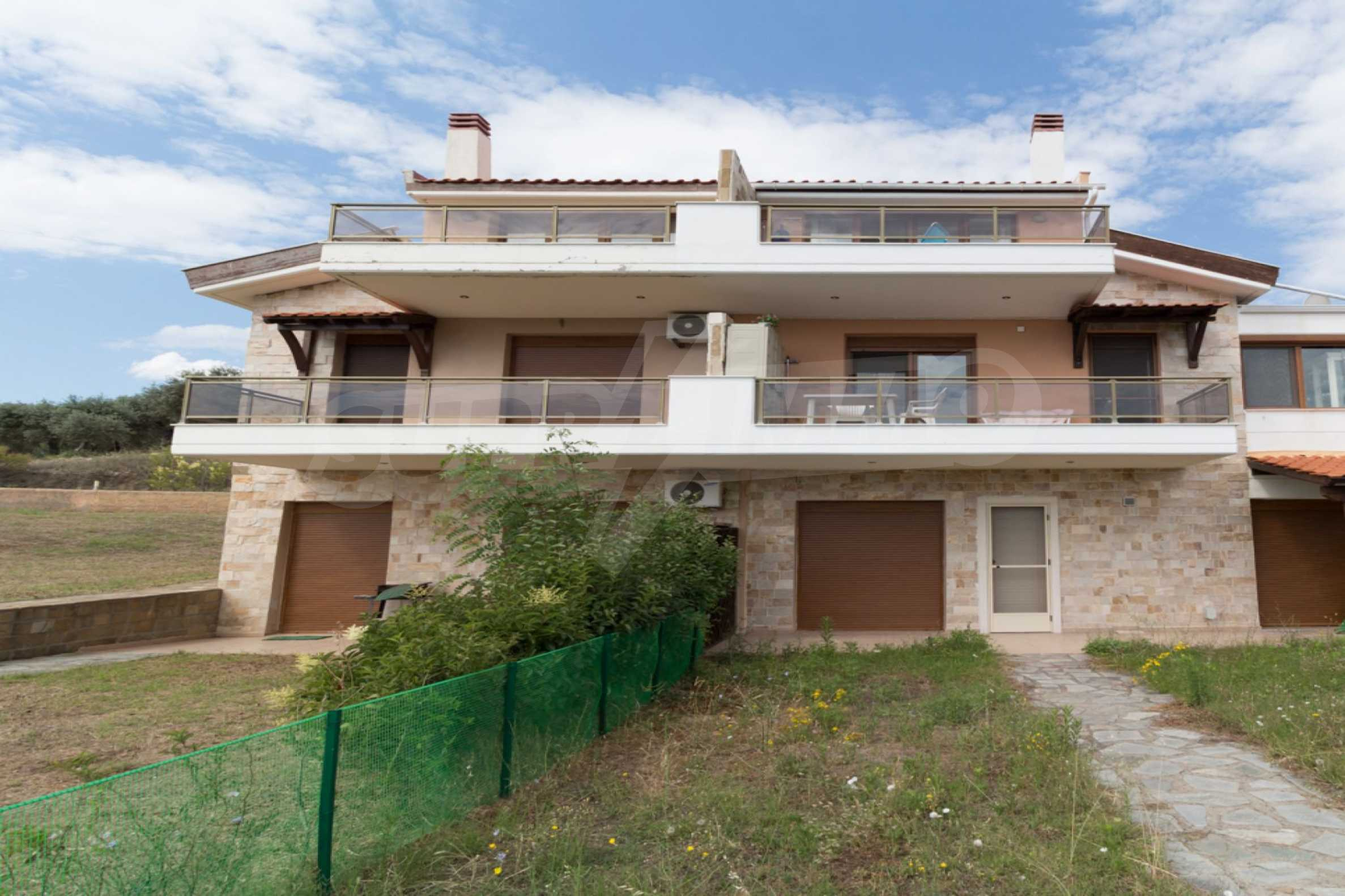 Къща  в  Акти Салоникю 18