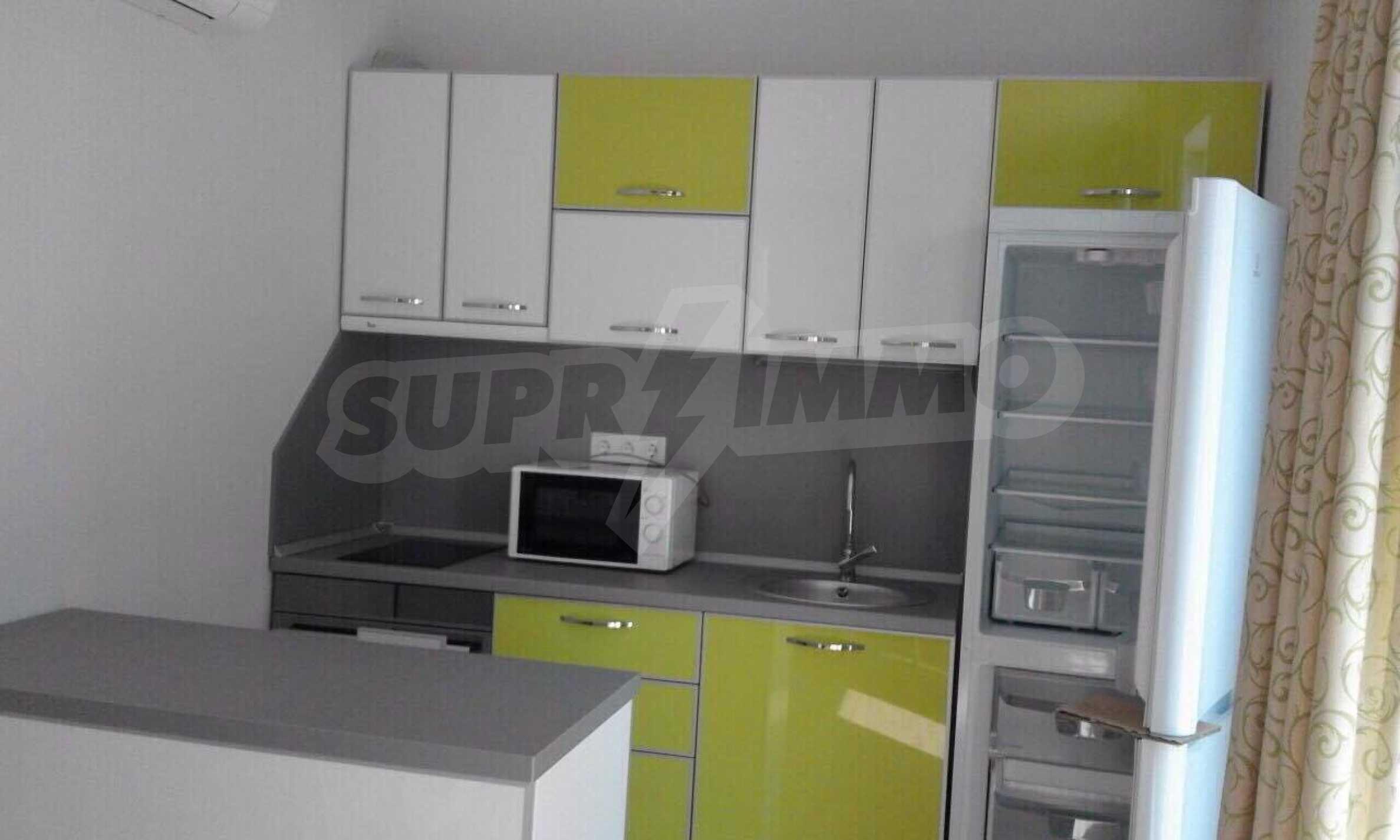 Обзаведен апартамент в спокоен район на Слънчев бряг 9