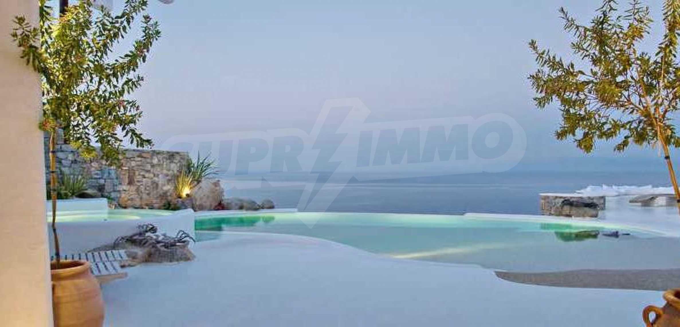 Разкошна вила на морски залив, остров Миконос 13