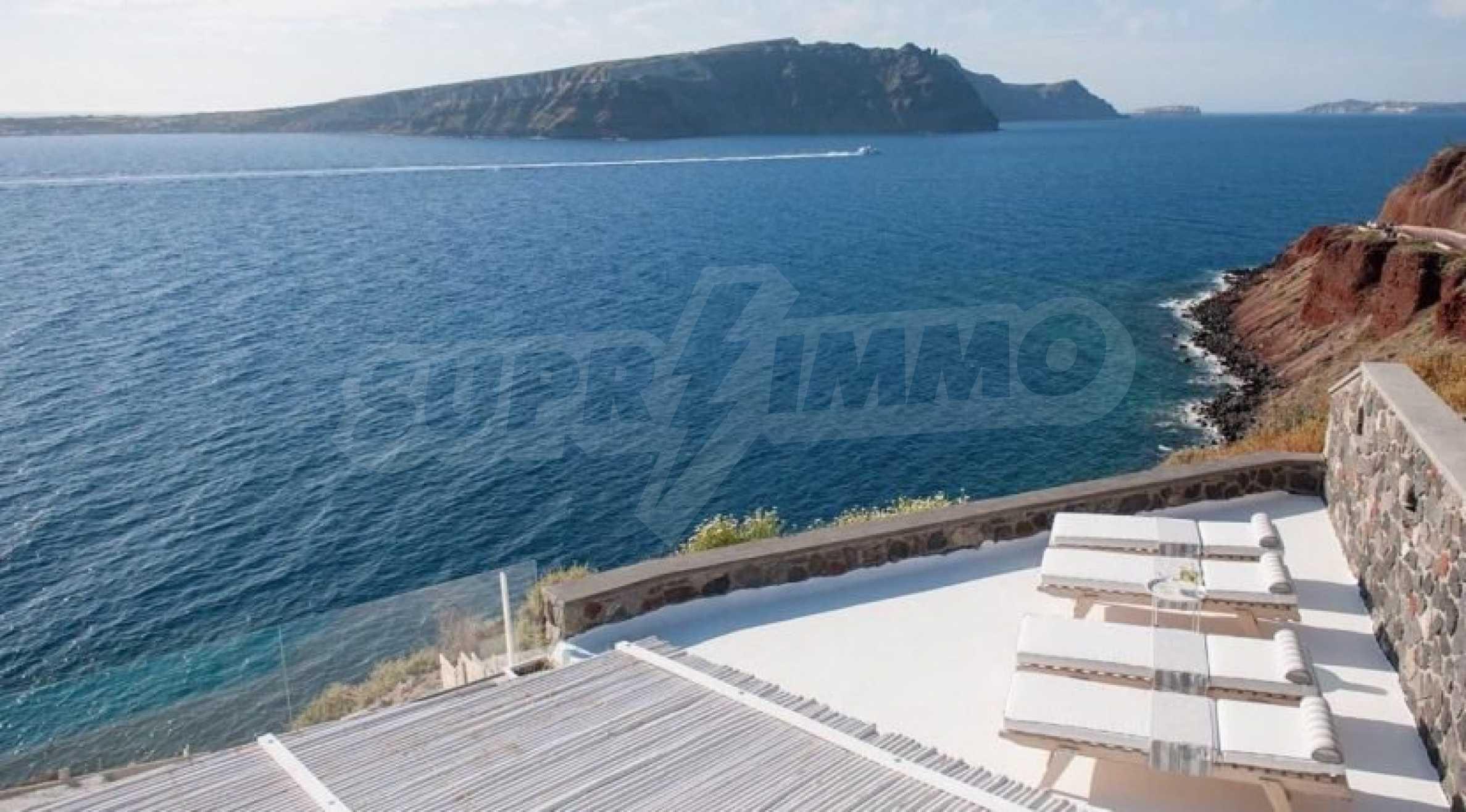 Грациозен имот с приказна гледка на остров Санторини 1