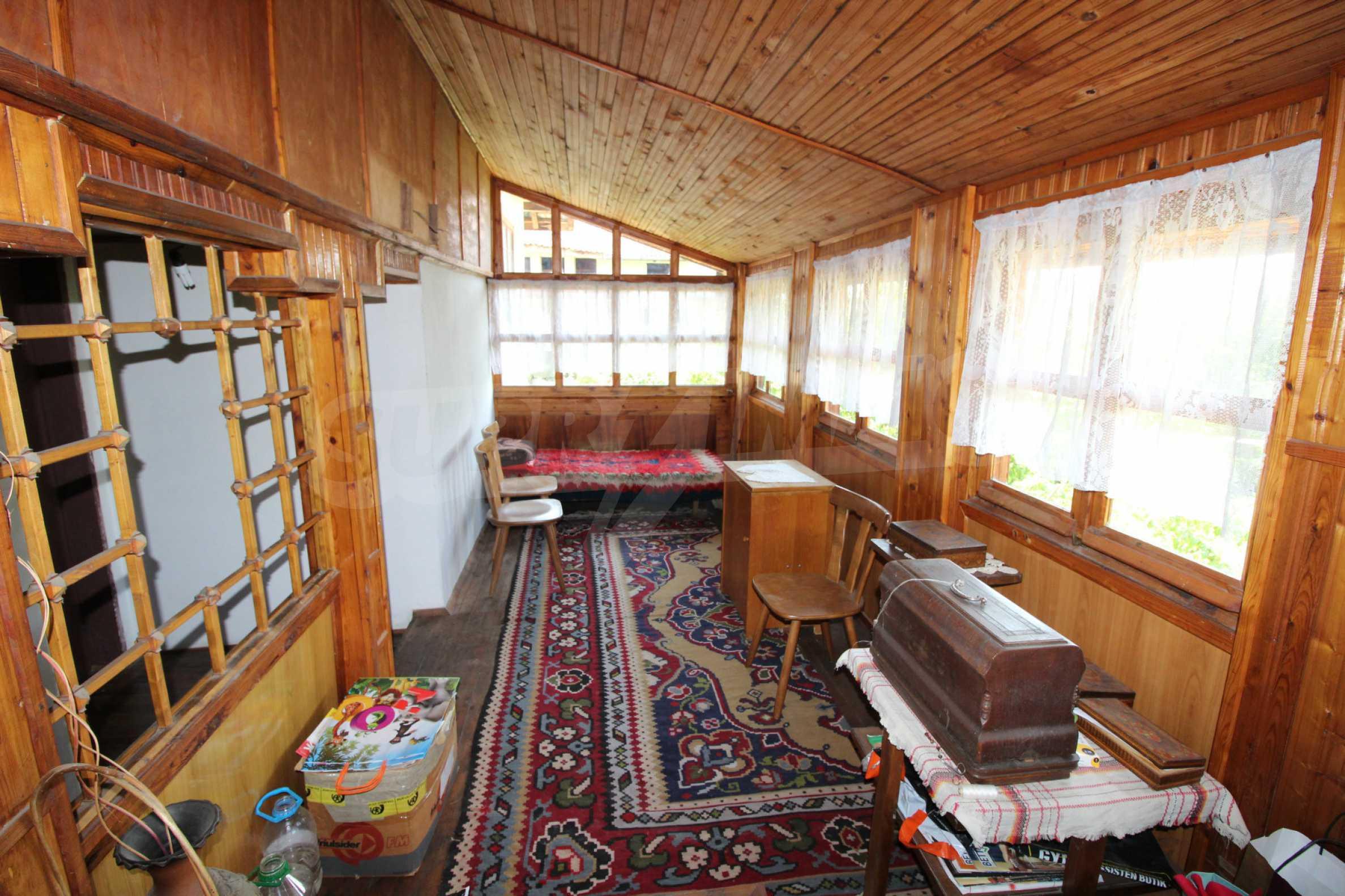 Голяма къща с механа на 6 км. от град  Велико Търново 18