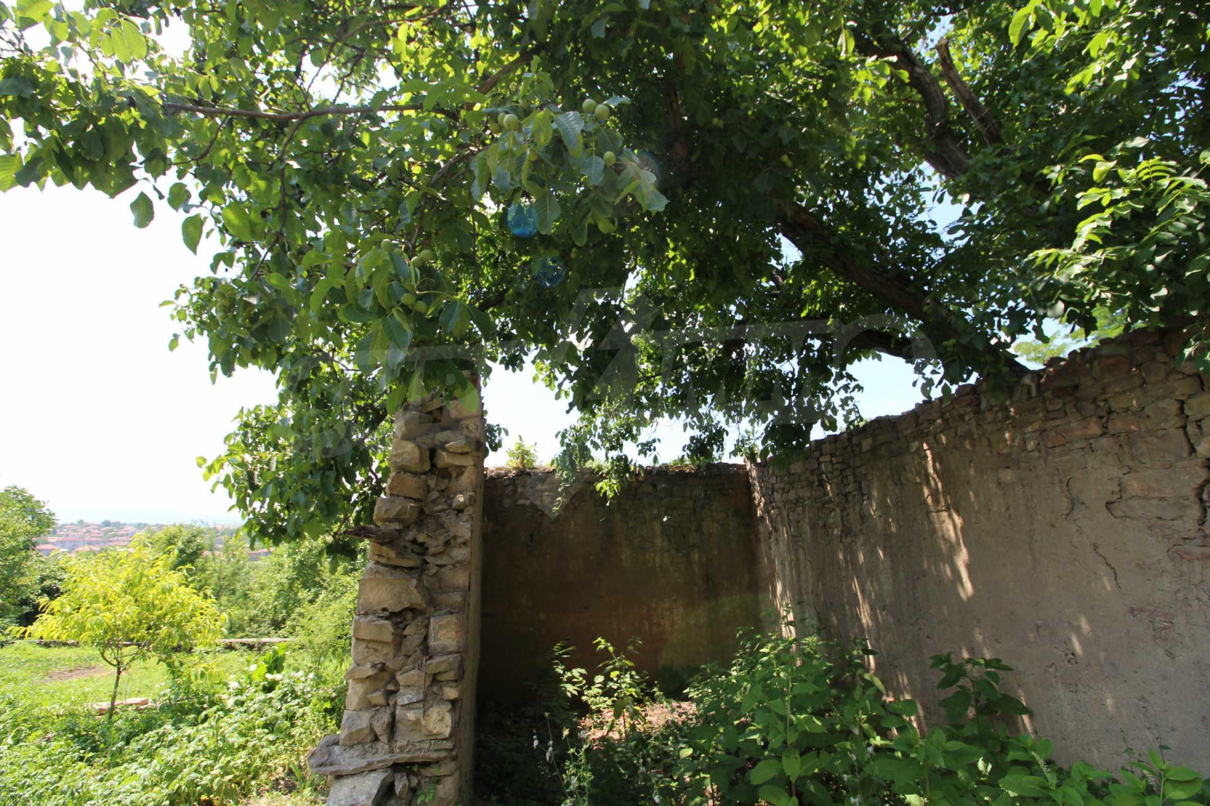 Голяма къща с механа на 6 км. от град  Велико Търново 4