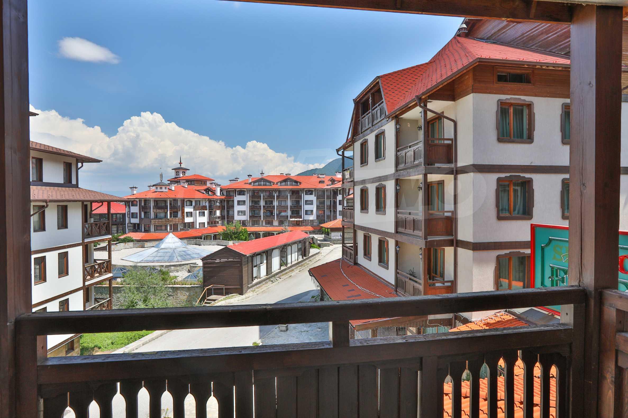 Просторен тристаен апартамент, намиращ се в комплекс Емералд в Банско 6