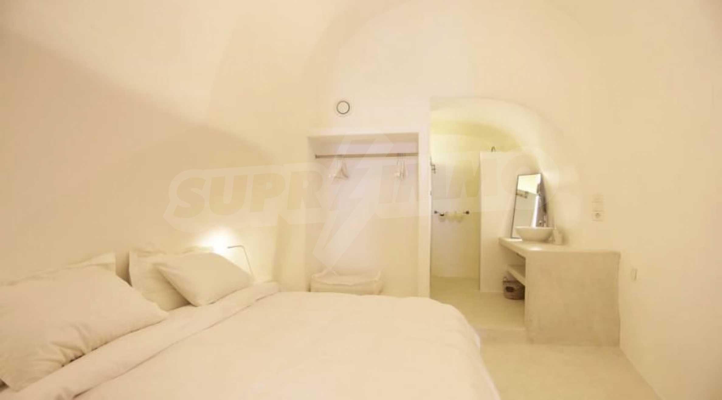 Екзотичен имот във Вотонас, остров Санторини 11