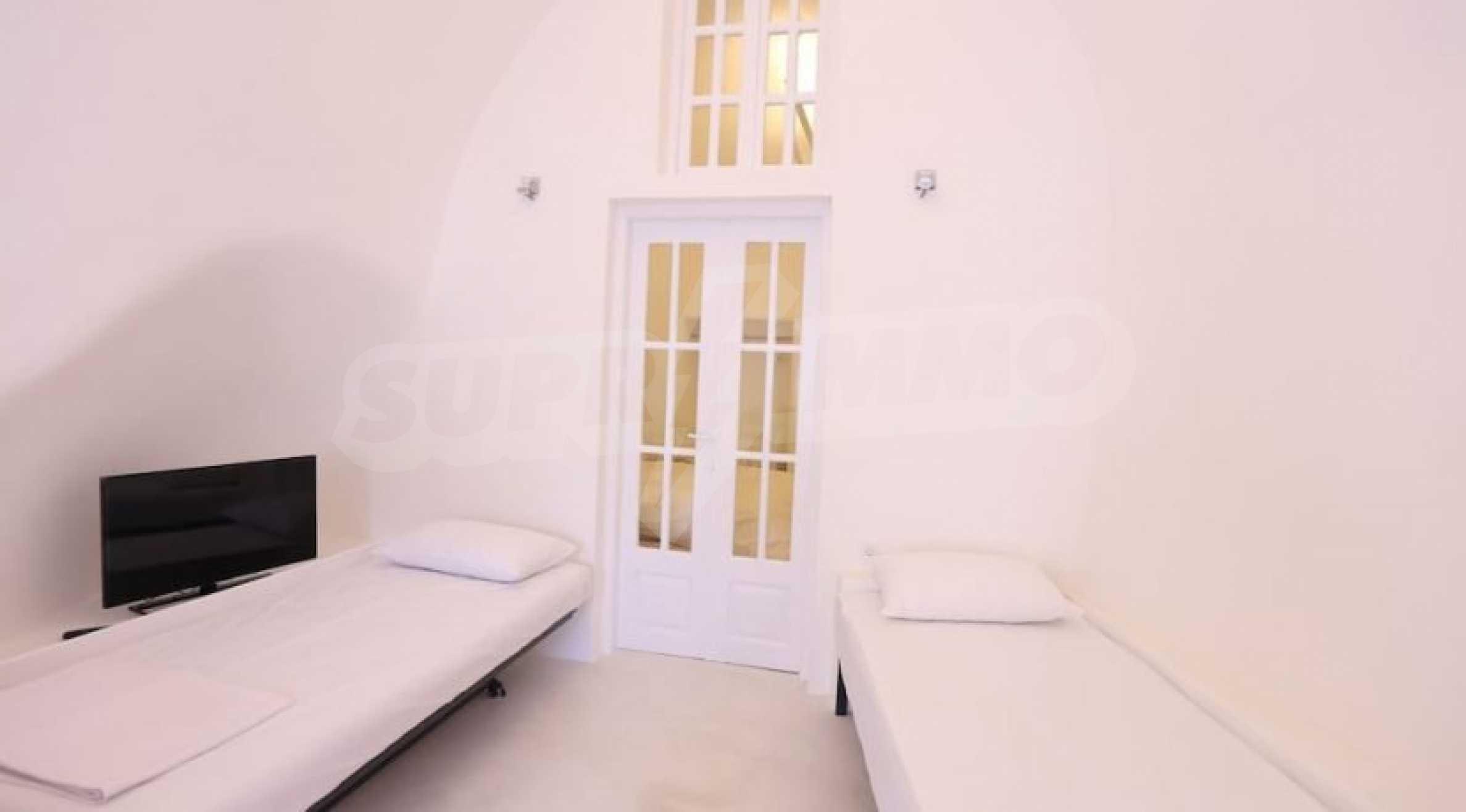 Екзотичен имот във Вотонас, остров Санторини 15