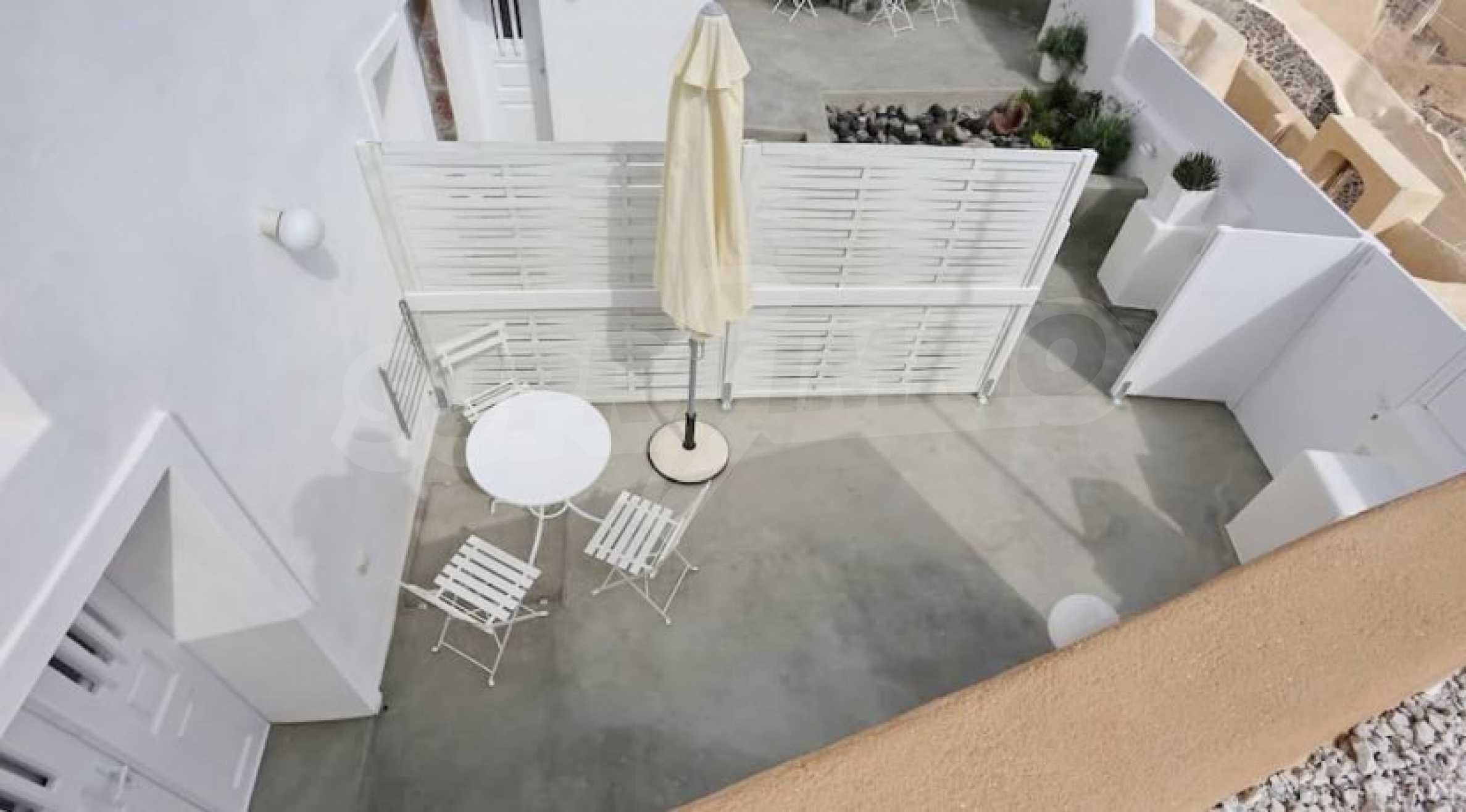 Екзотичен имот във Вотонас, остров Санторини 16