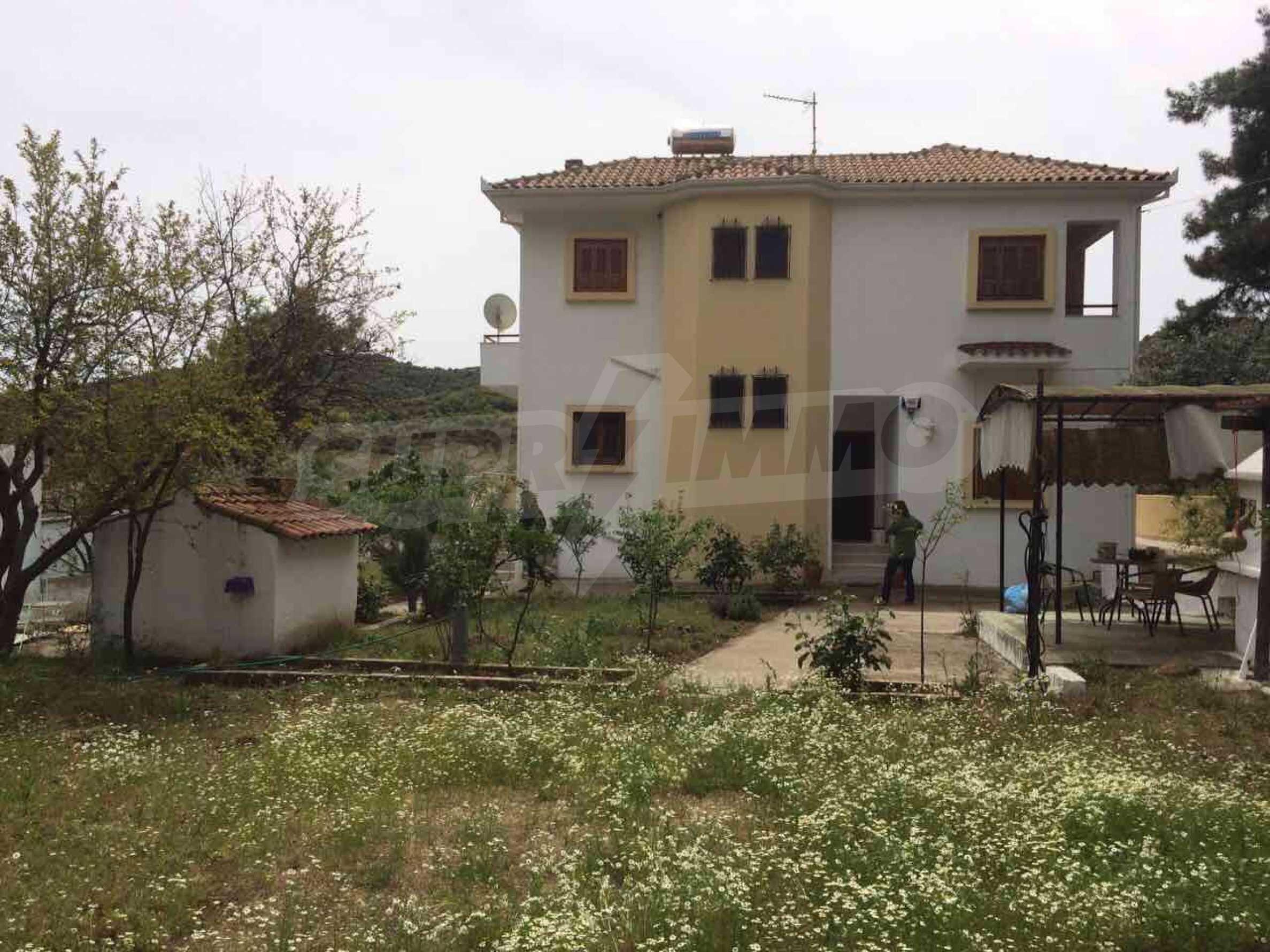 Къща с прекрасна планинска гледка в Елеохори