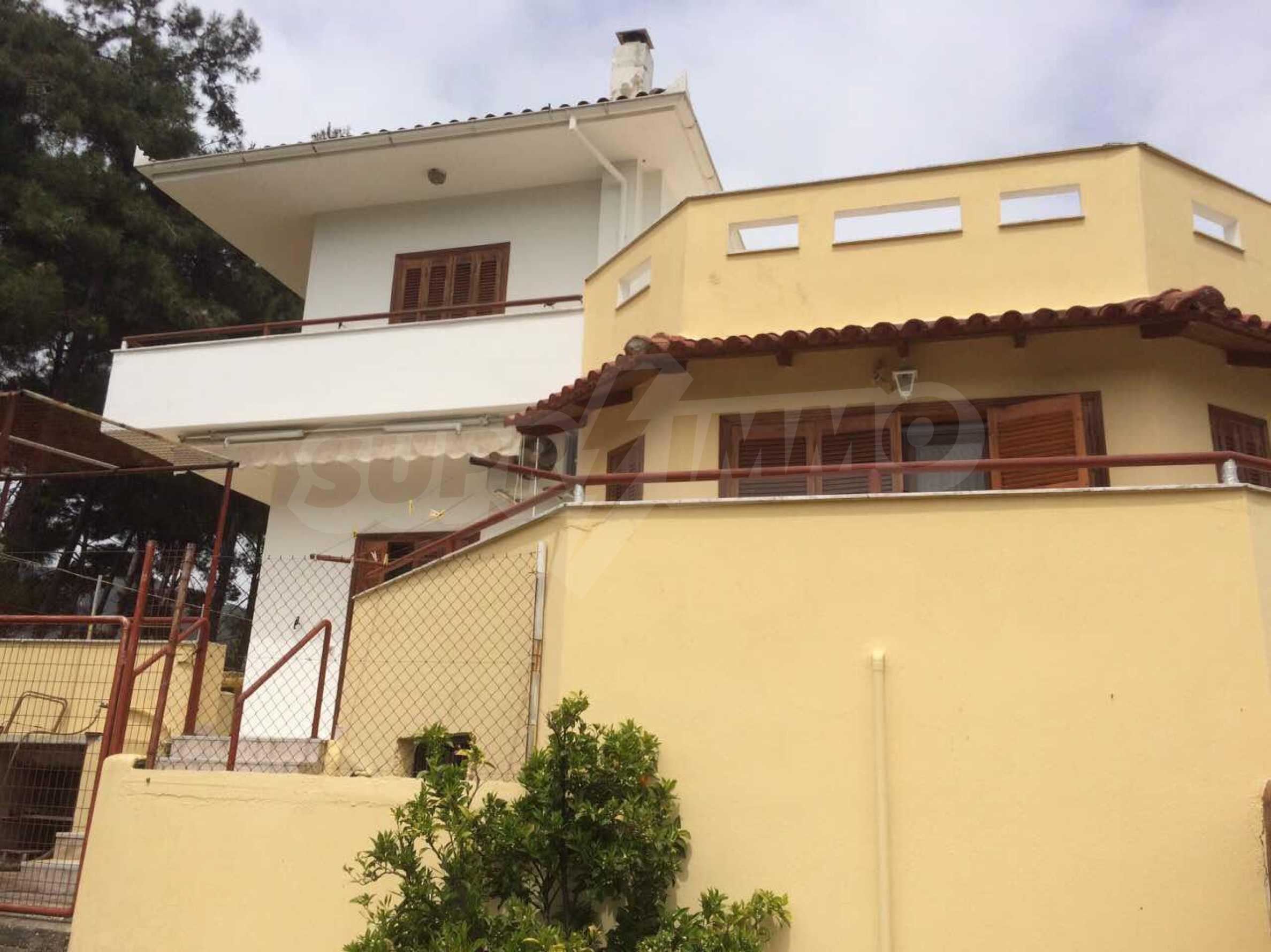 Къща с прекрасна планинска гледка в Елеохори 6