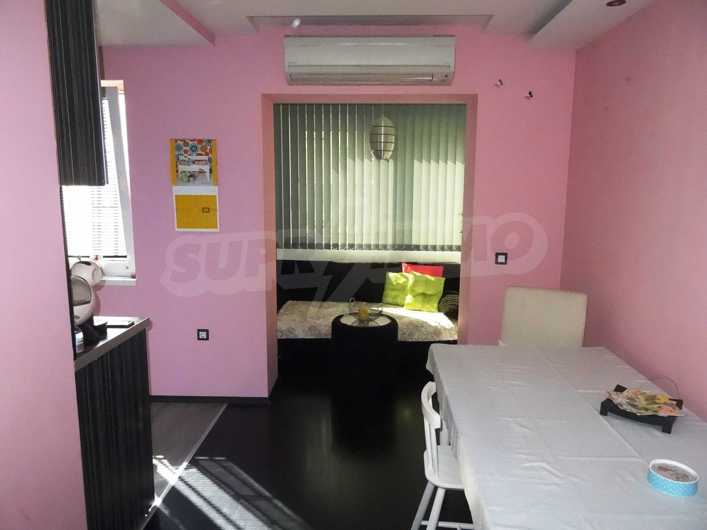 Апартамент Кенди близо до Медицински университет 33